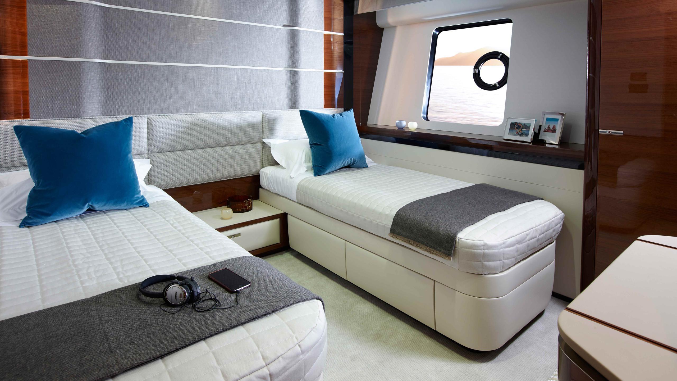 kohuba-motor-yacht-princess-2016-30m-twin