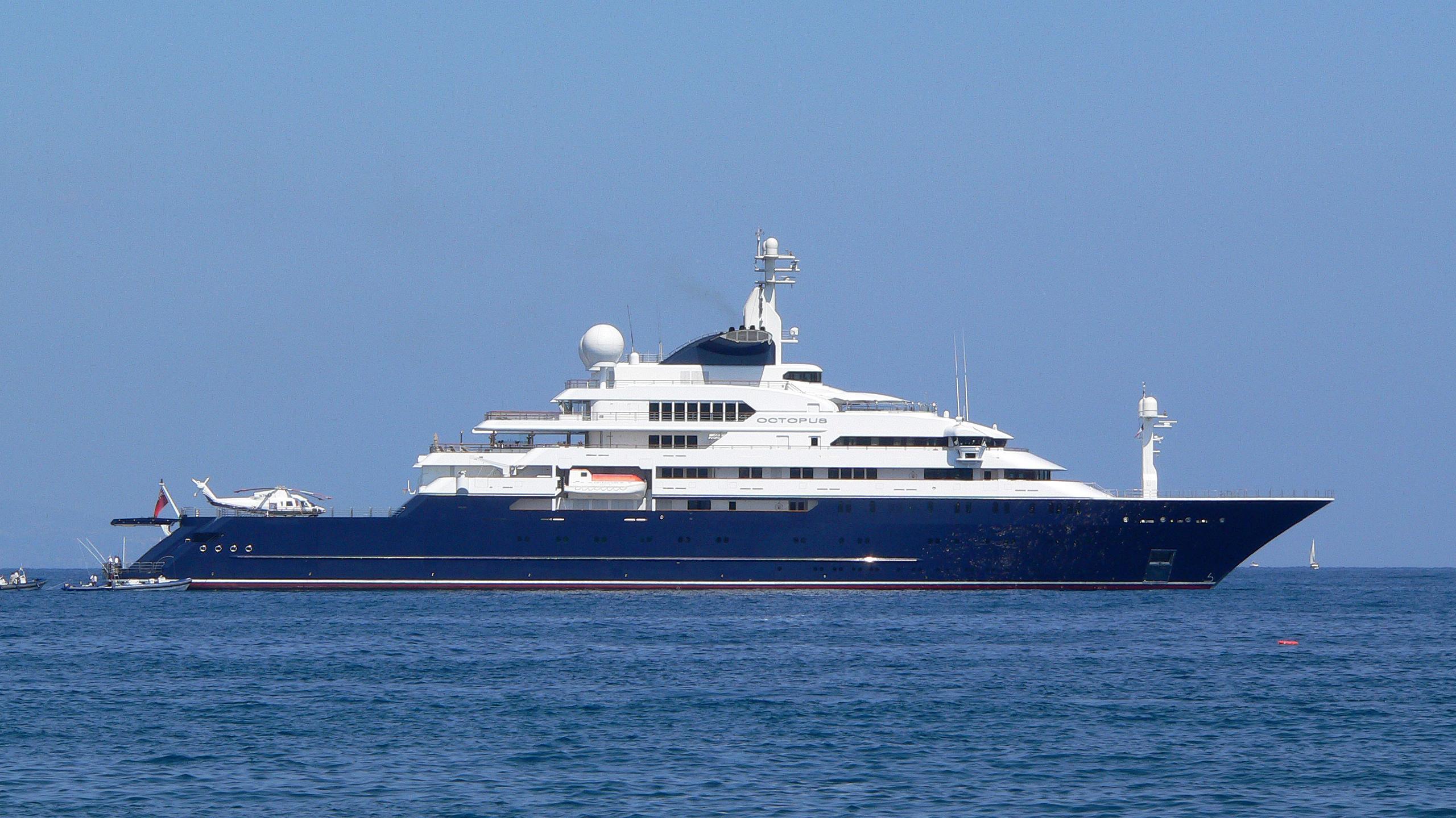 octopus-explorer-yacht-lurssen-2003-126m-moored