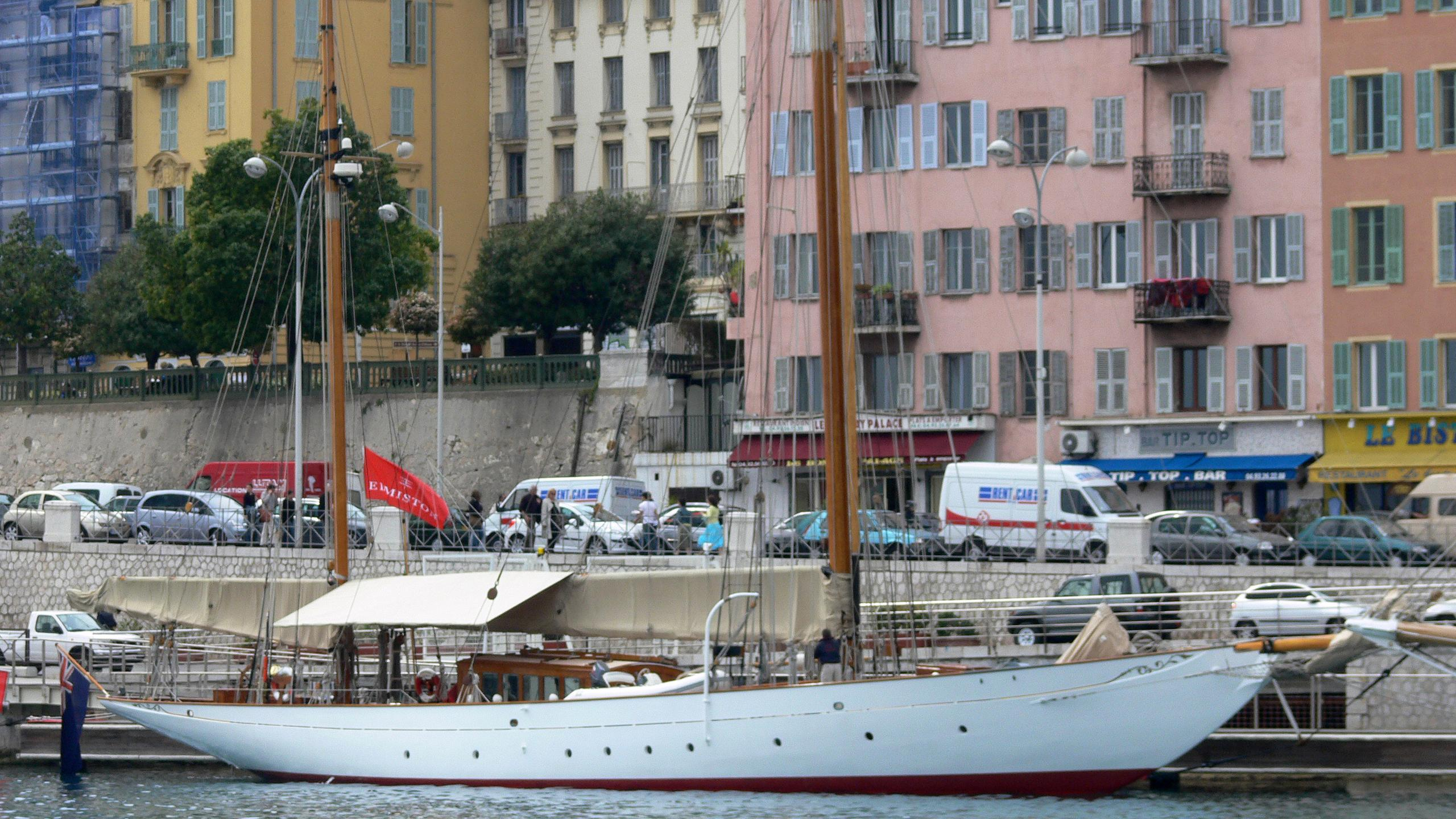 thendara-sailing-yacht-stephen-sons-1937-37m-moored-profile