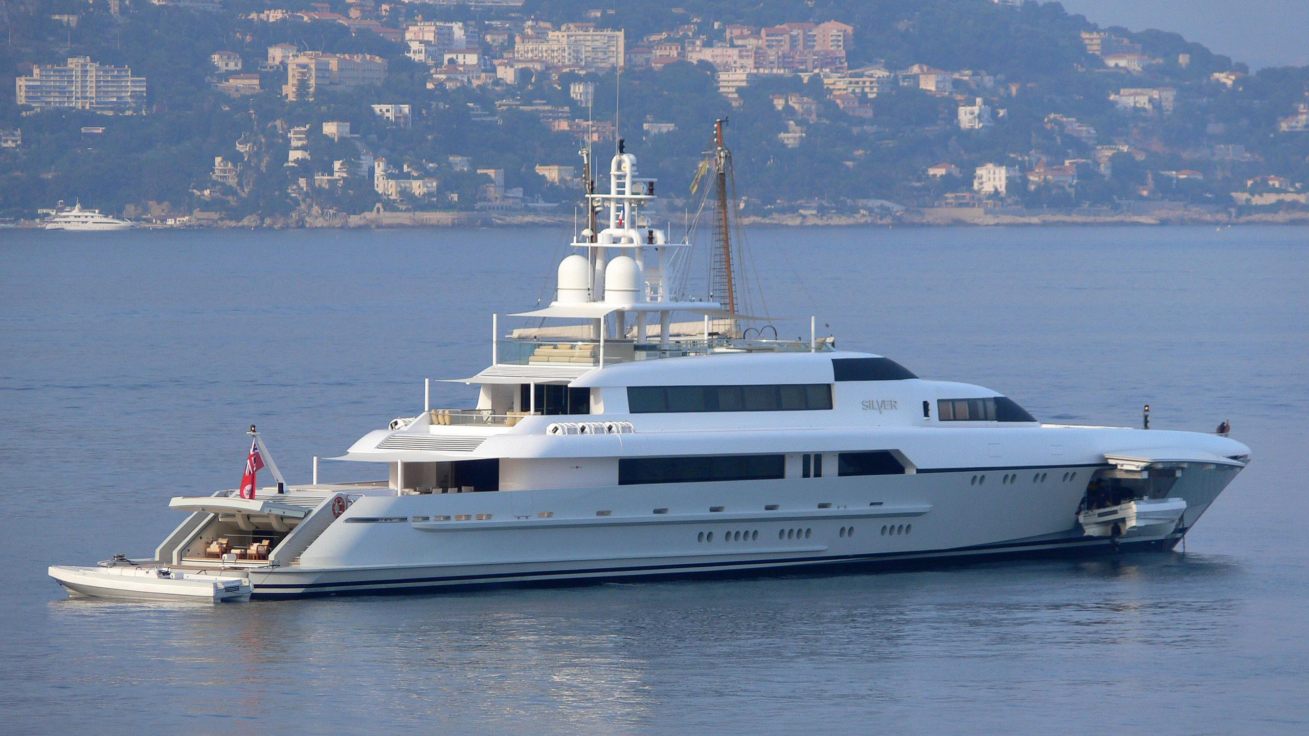 rabdan-motor-yacht-silver-2007-73m-profile-moored