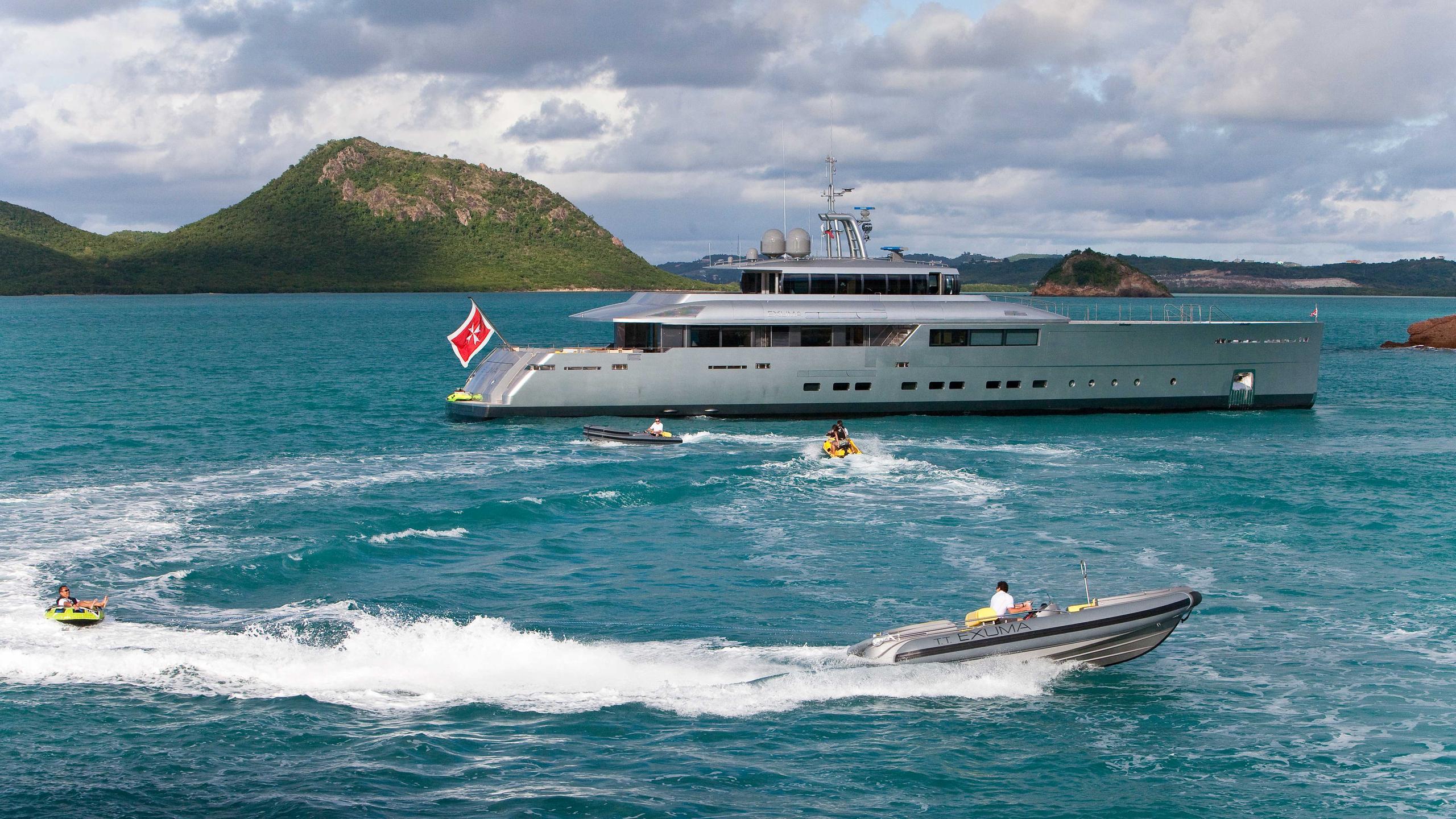 exuma-motor-yacht-perini-navi-picchiotti-2010-50m-profile-tender