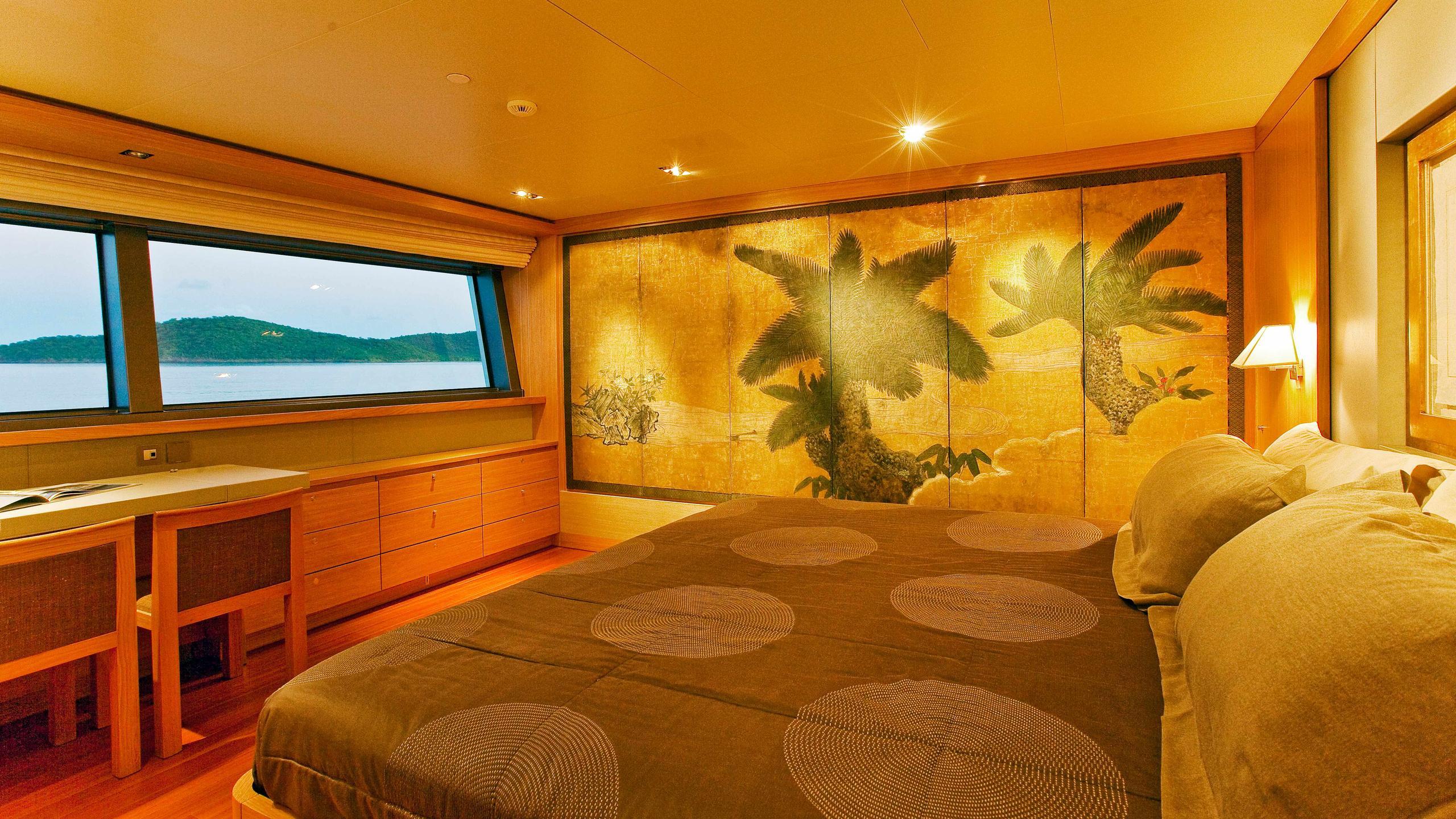 exuma-motor-yacht-perini-navi-picchiotti-2010-50m-master