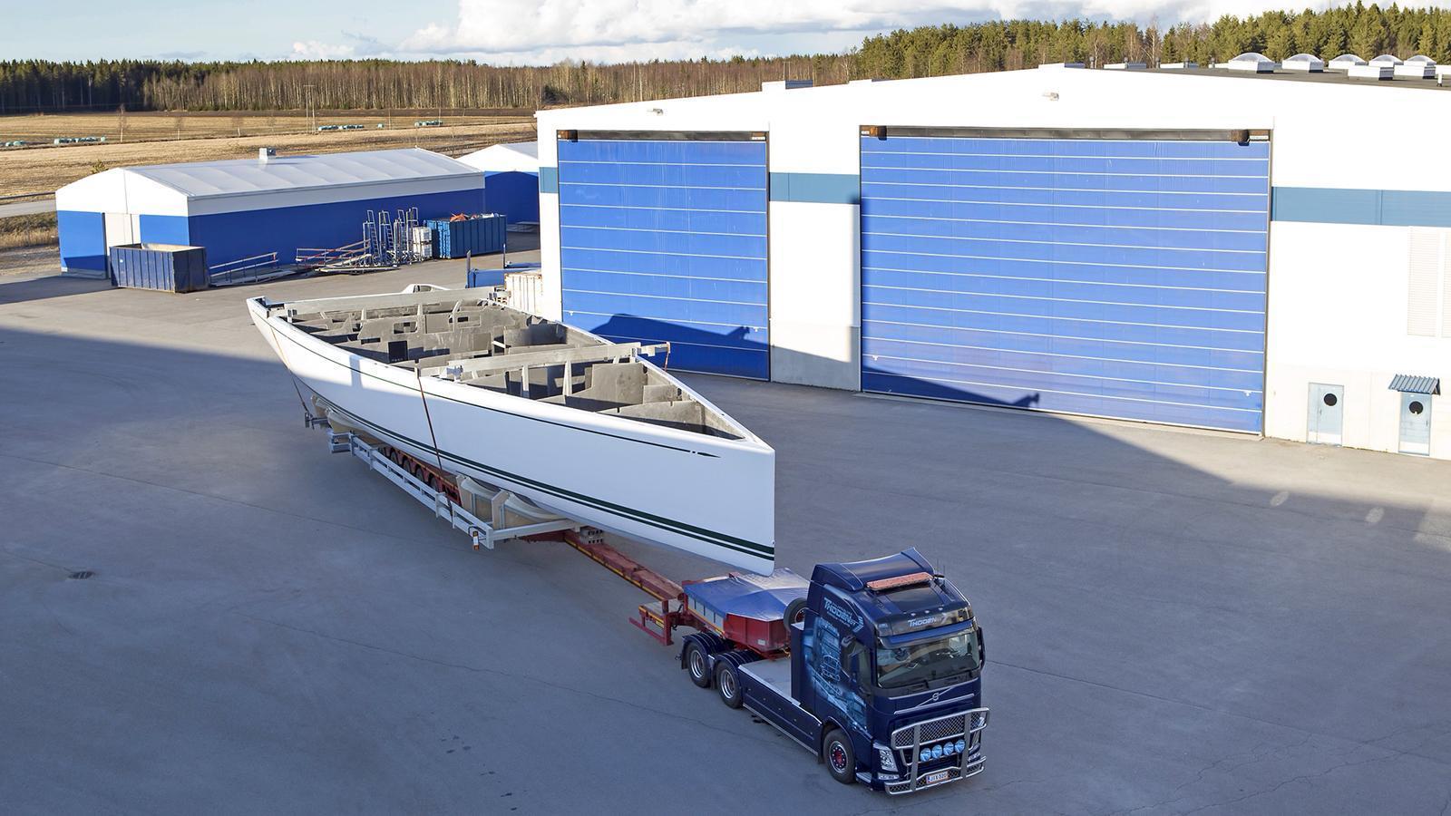 highland-fling-nautors-swan-sailing-yacht-2016-35m-hull-yard