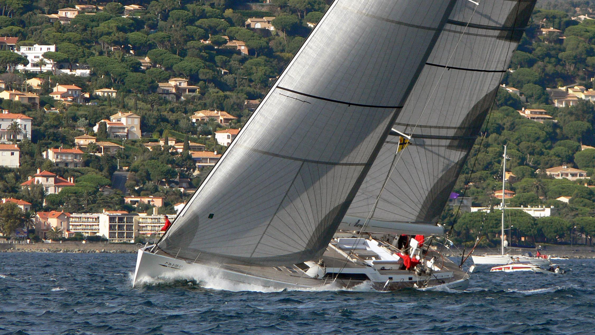 alarife-sailing-yacht-barcos-deportivos-2006-30m-cruising-profile