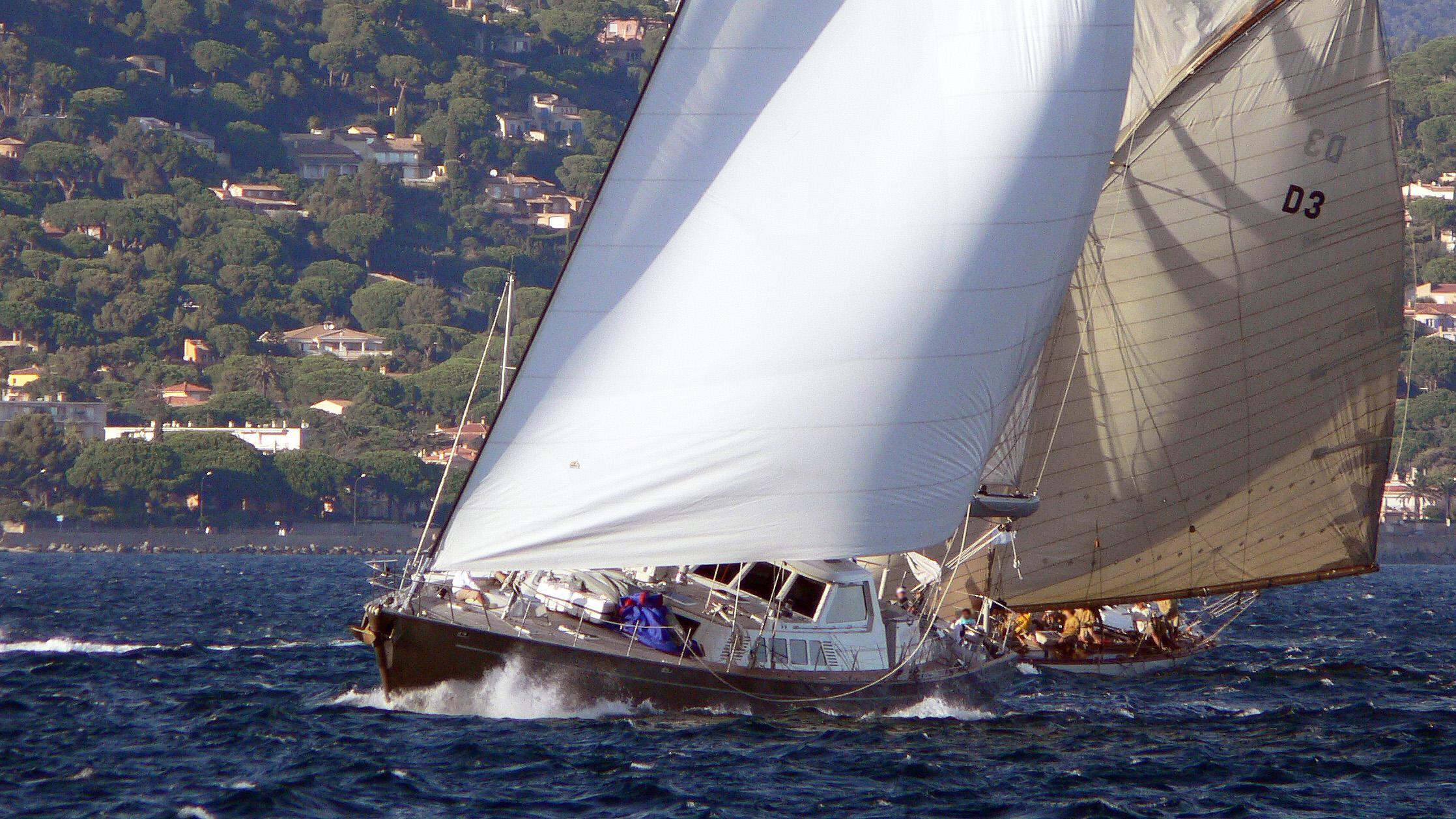 iemanja-v-sailing-yacht-biot-1988-32m-cruising-half-profile
