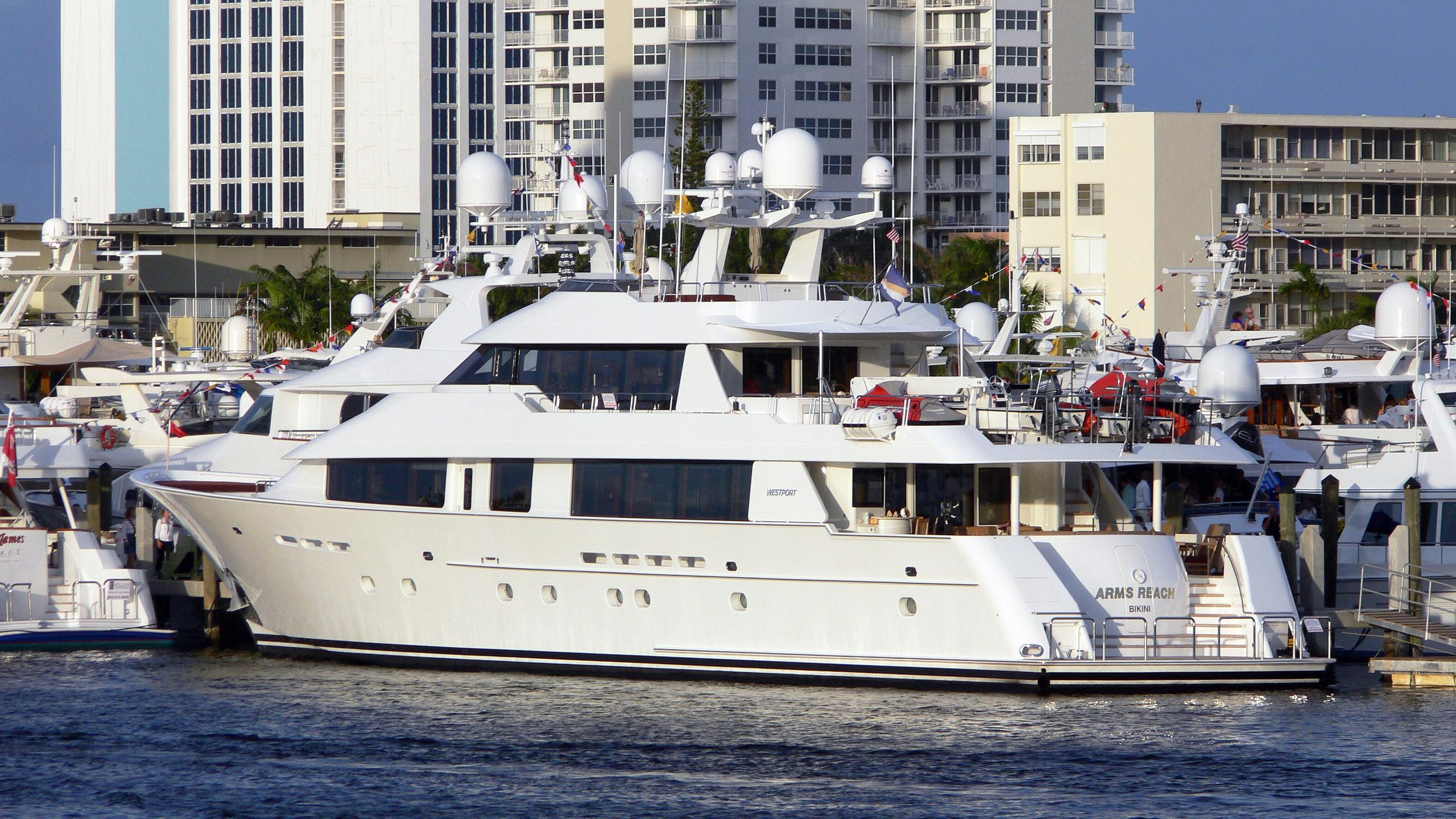 arms-reach-motor-yacht-westport-130-2004-40m-moored-half-profile