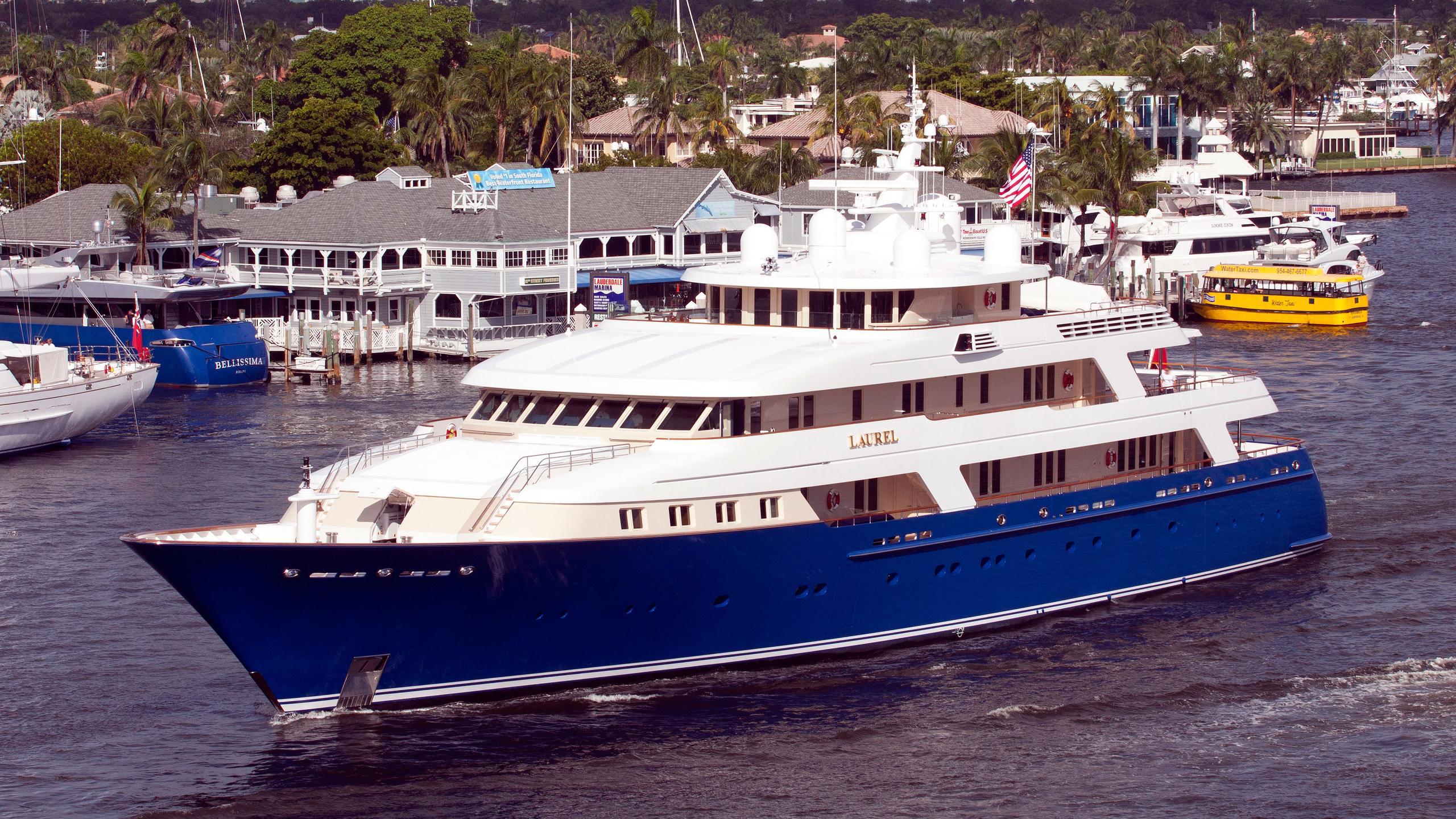 laurel-motor-yacht-delta-marine-2006-73m-half-profile