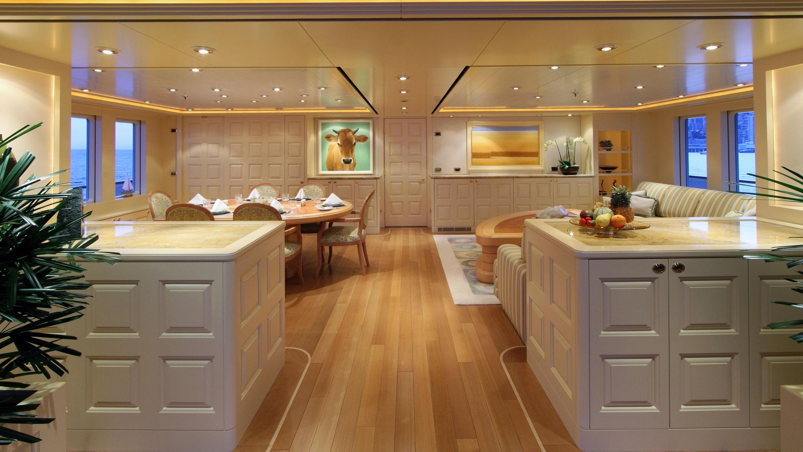 laurel-motor-yacht-delta-marine-2006-73m-sky-lounge
