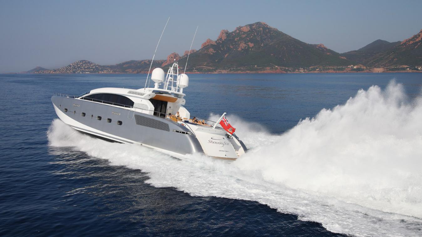 butterfly-motor-yacht-danish-2011-38m-cruising