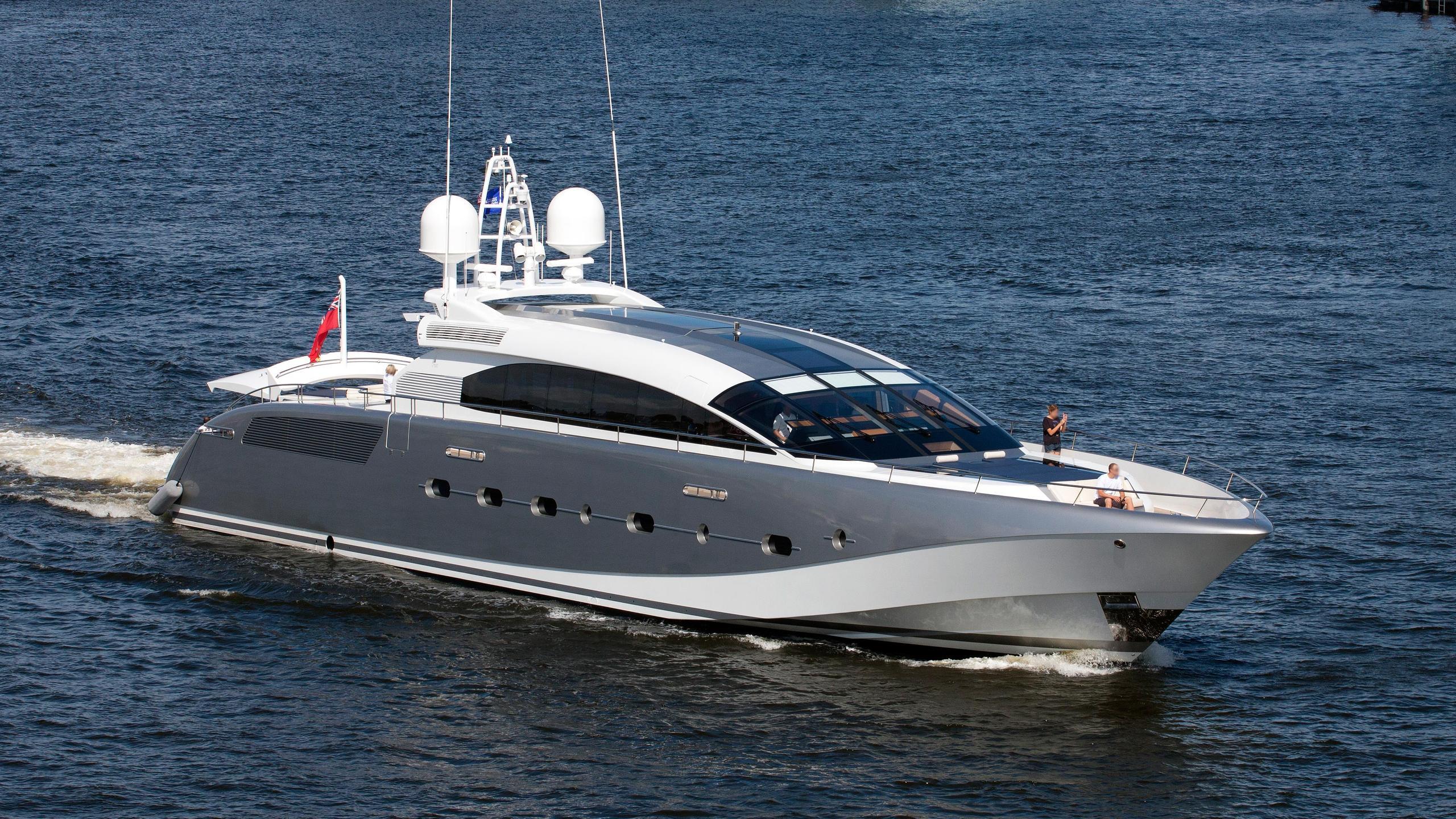butterfly-motor-yacht-danish-2011-38m-half-profile