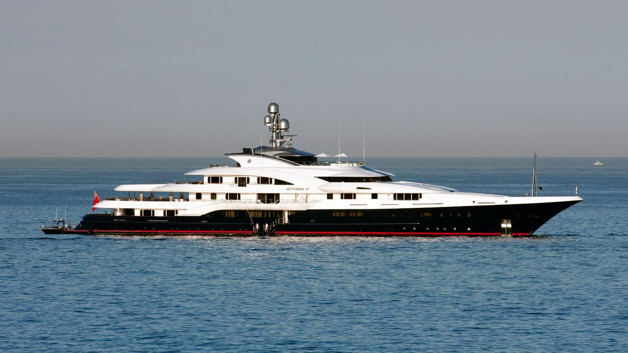 attessa iv yacht  was  evergreen