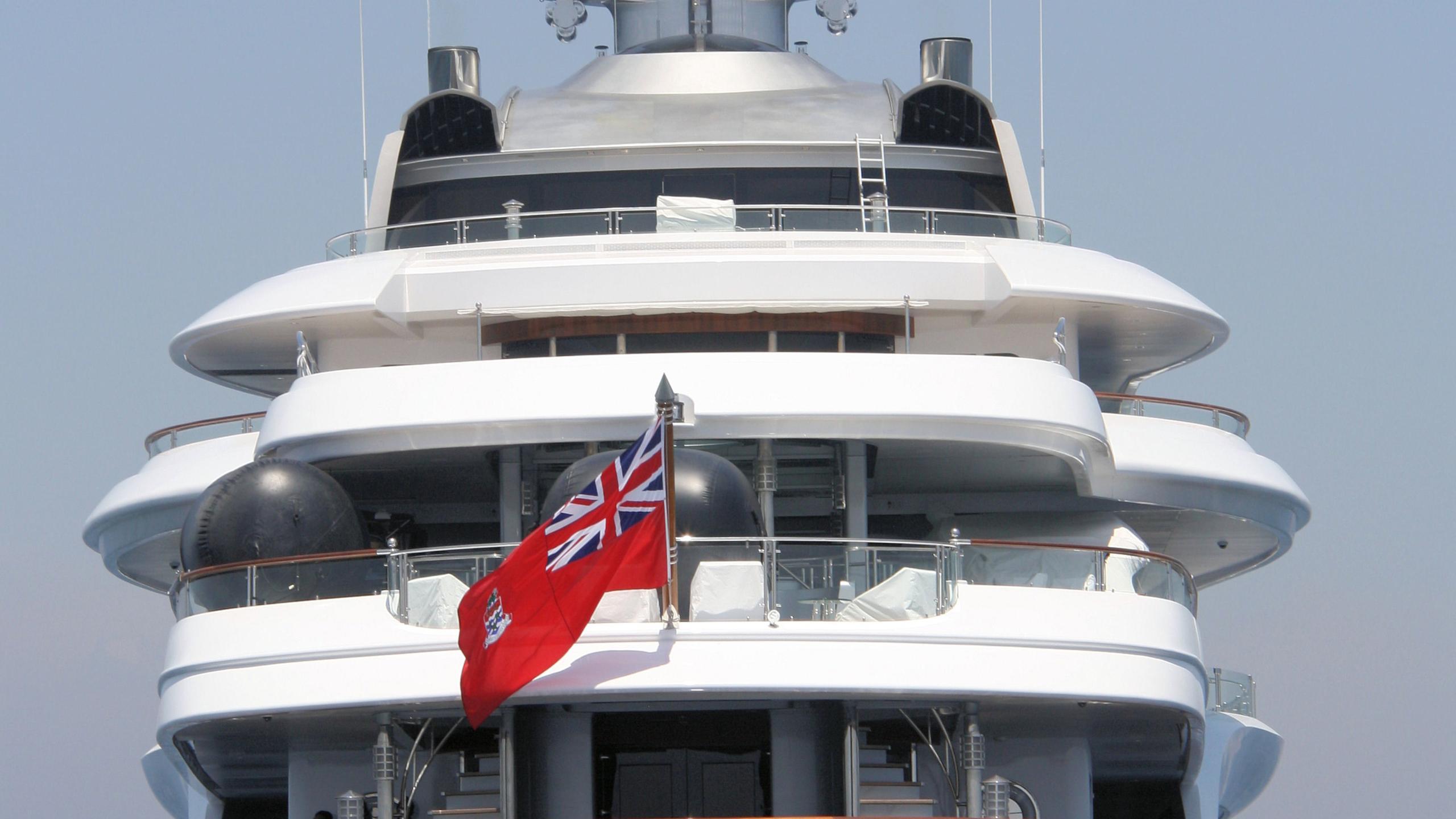 Attessa-IV-motor-yacht-hayashikane-1999-101m-stern