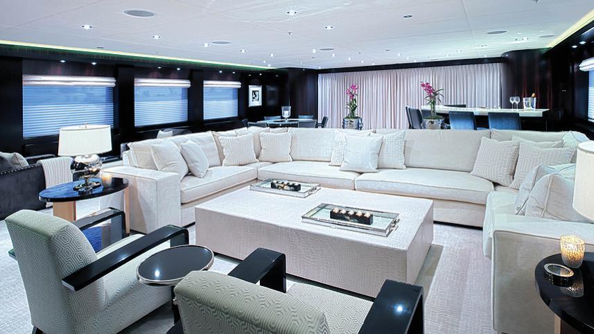 CARPE-DIEM-motor-yacht-trinity-2011-58m-white-saloon