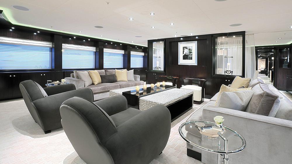 CARPE-DIEM-motor-yacht-trinity-2011-58m-saloon-master