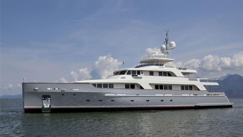 Libra-explorer-yacht-codecasa-2013-42m-profile