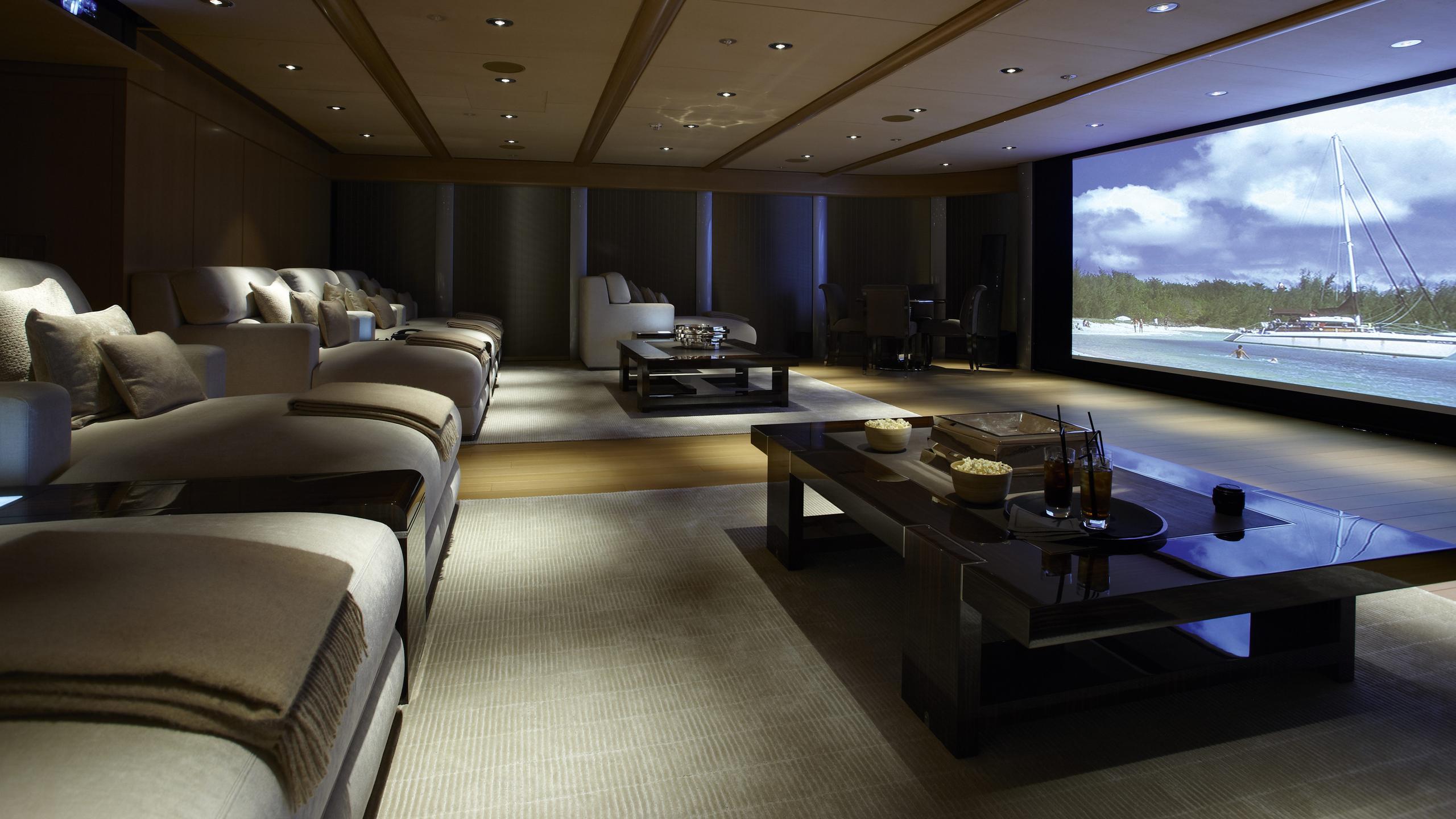 musashi-motor-yacht-feadhsip-2011-88m-cinema