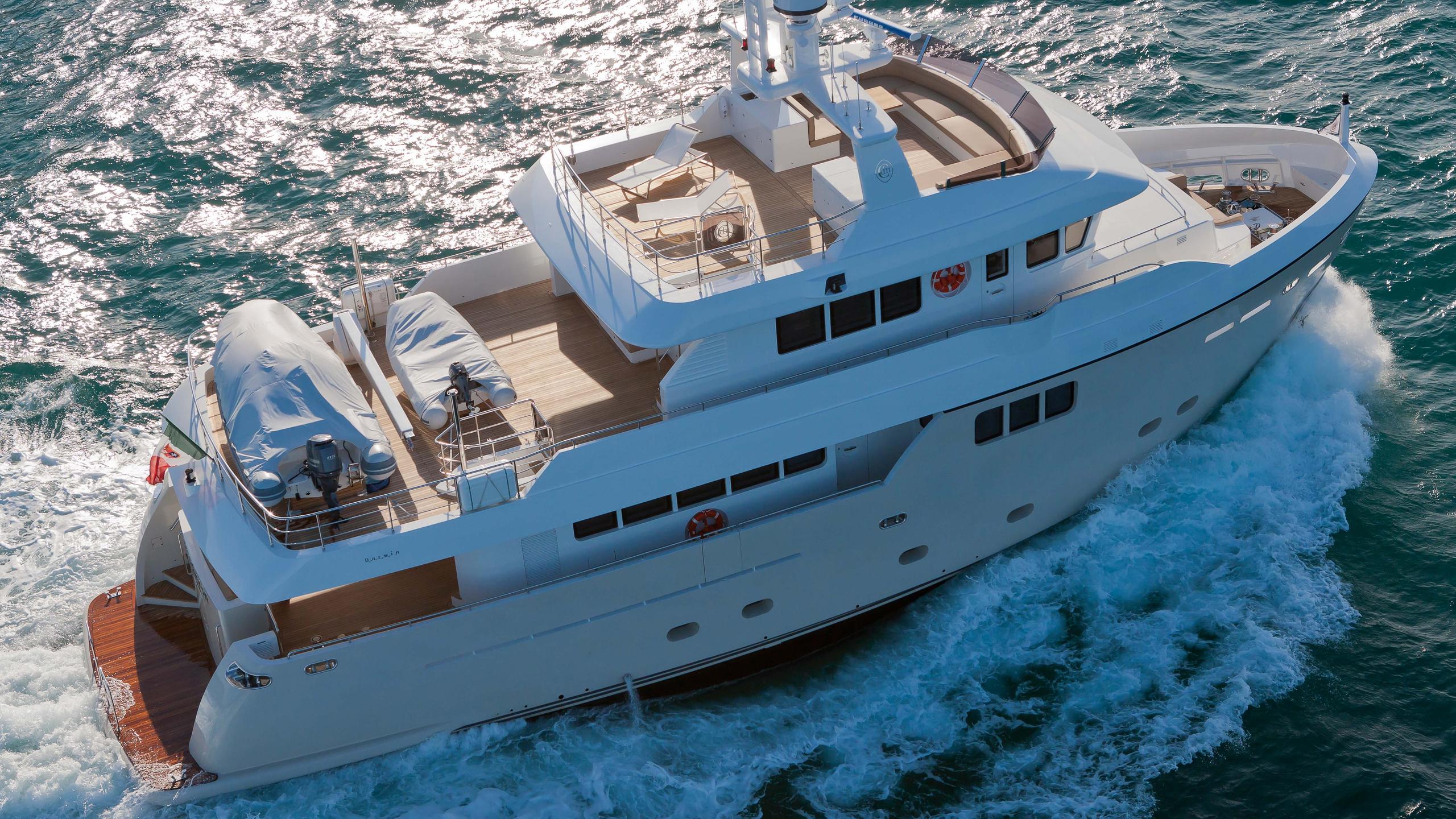 percheron-motor-yacht-cantiere-delle-marche-darwin-86-2012-26m-aerial