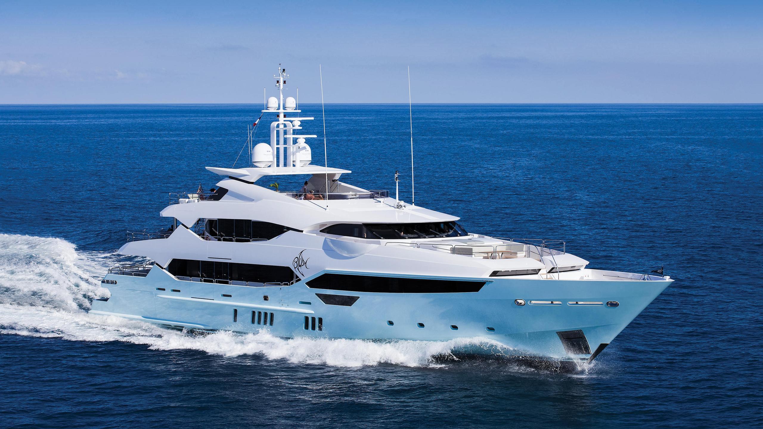 arados-blush-motor-yacht-sunseeker-2014-47m-cruising