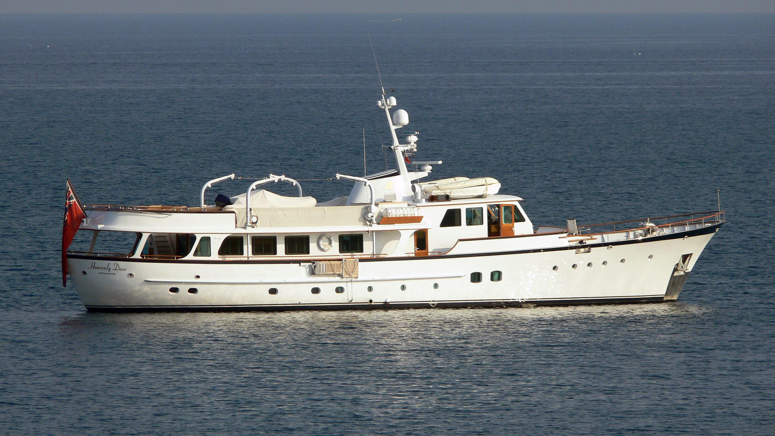 heavenly-daze-motor-yacht-feadship-1972-32m-profile