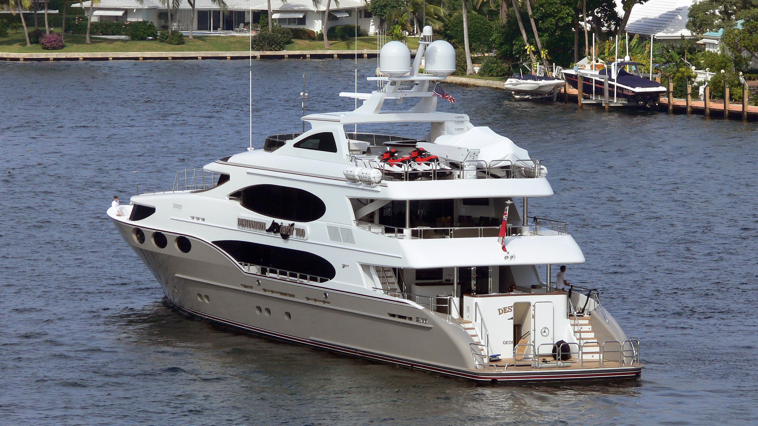 hunter-mustang-sally-motor-yacht-trinity-161-2008-49m-stern