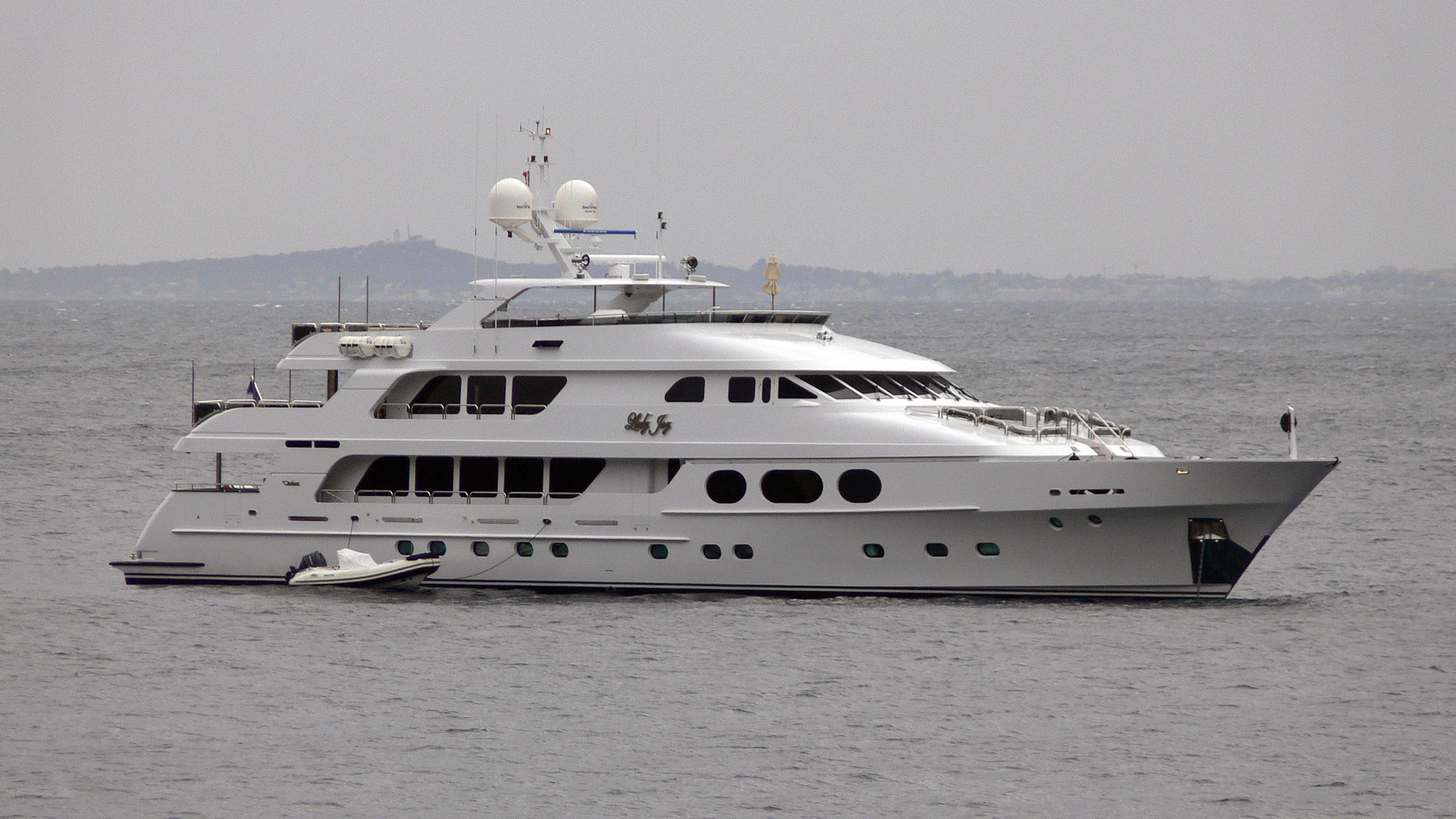lady-joy-motor-yacht-christensen-157-2007-48m-profile