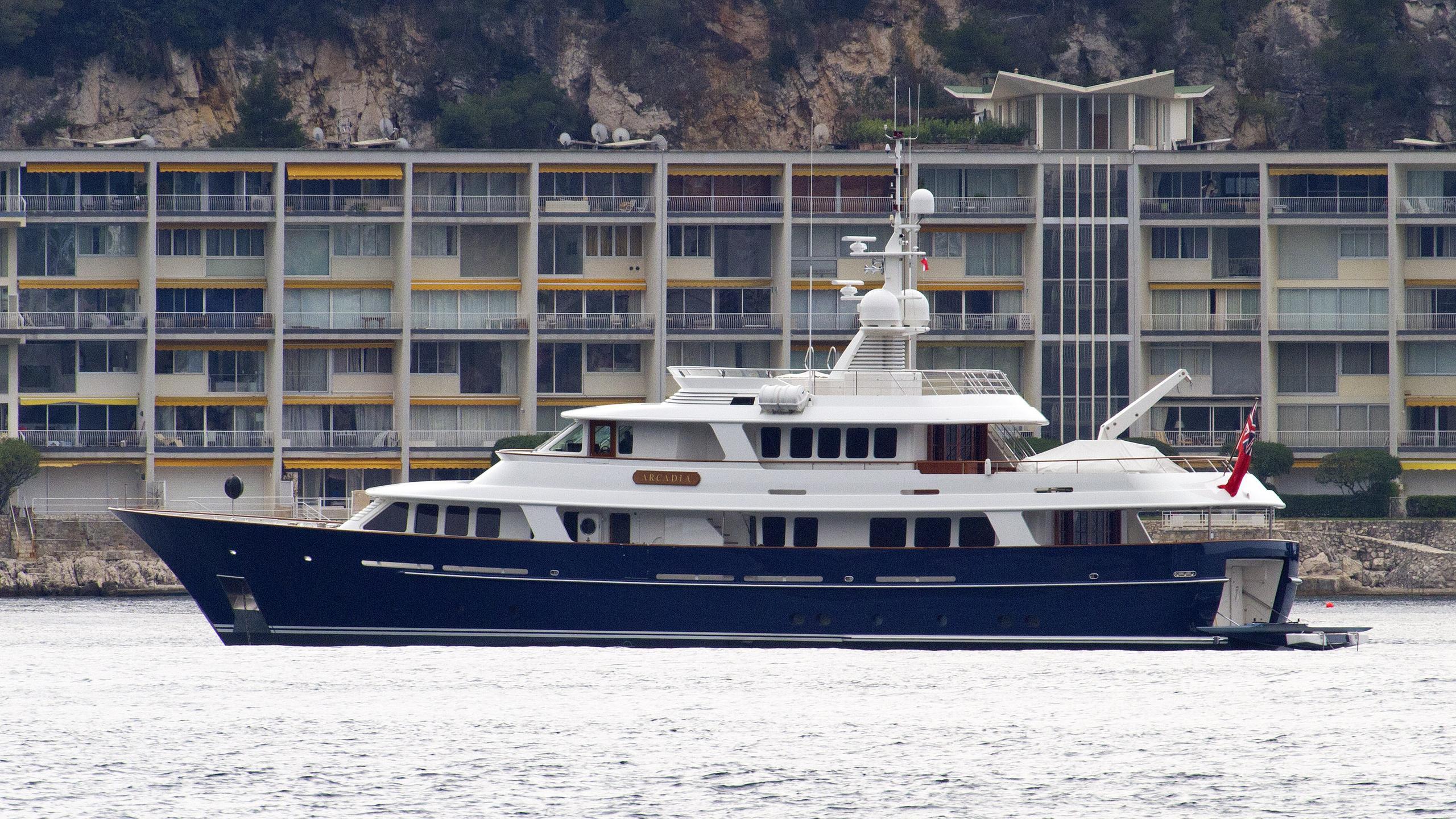arcadia-motor-yacht-royal-huisman-2006-36m-profile