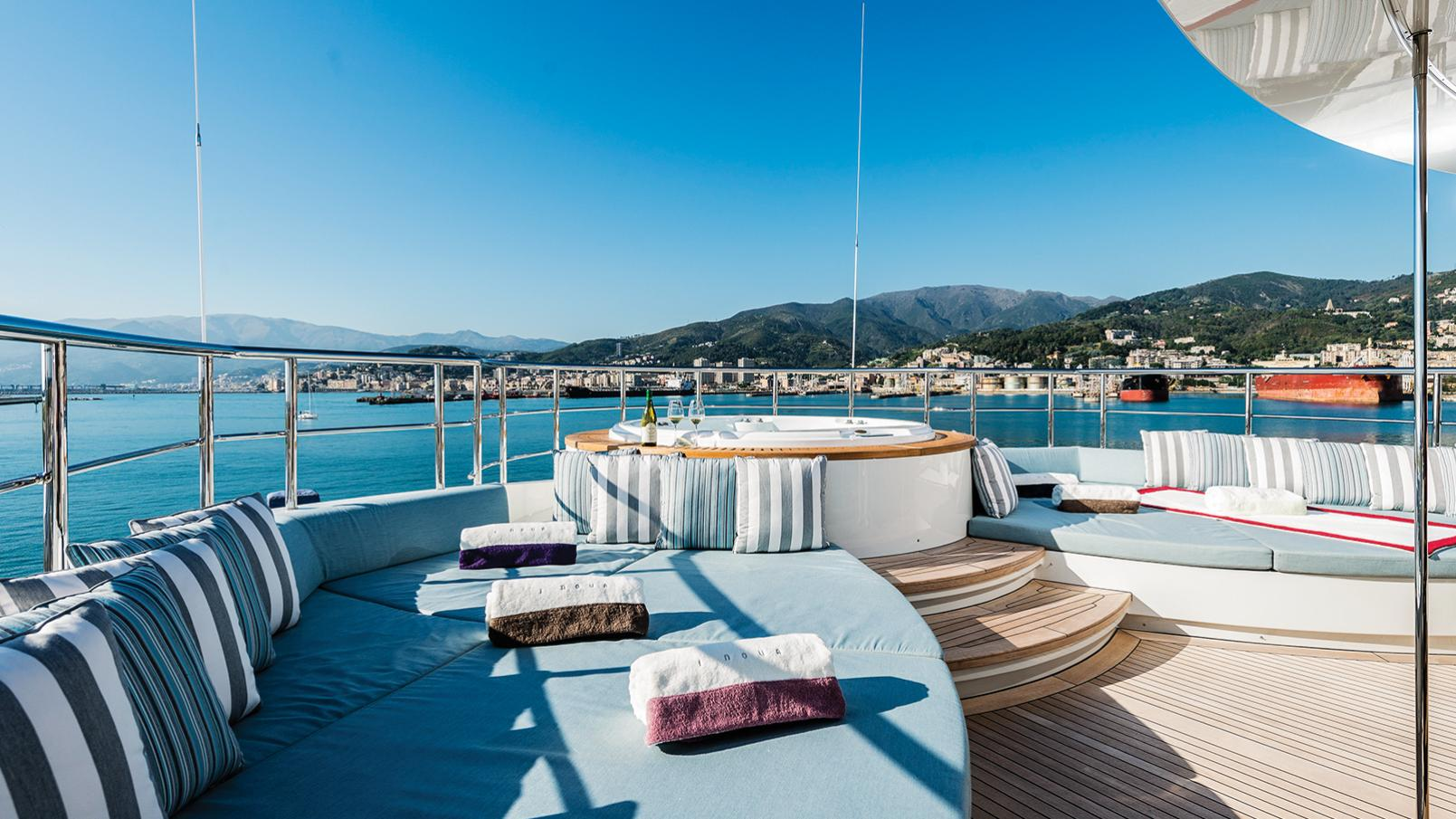 i-nova-explorer-yacht-cosmo-2013-50m-jacuzzi-deck