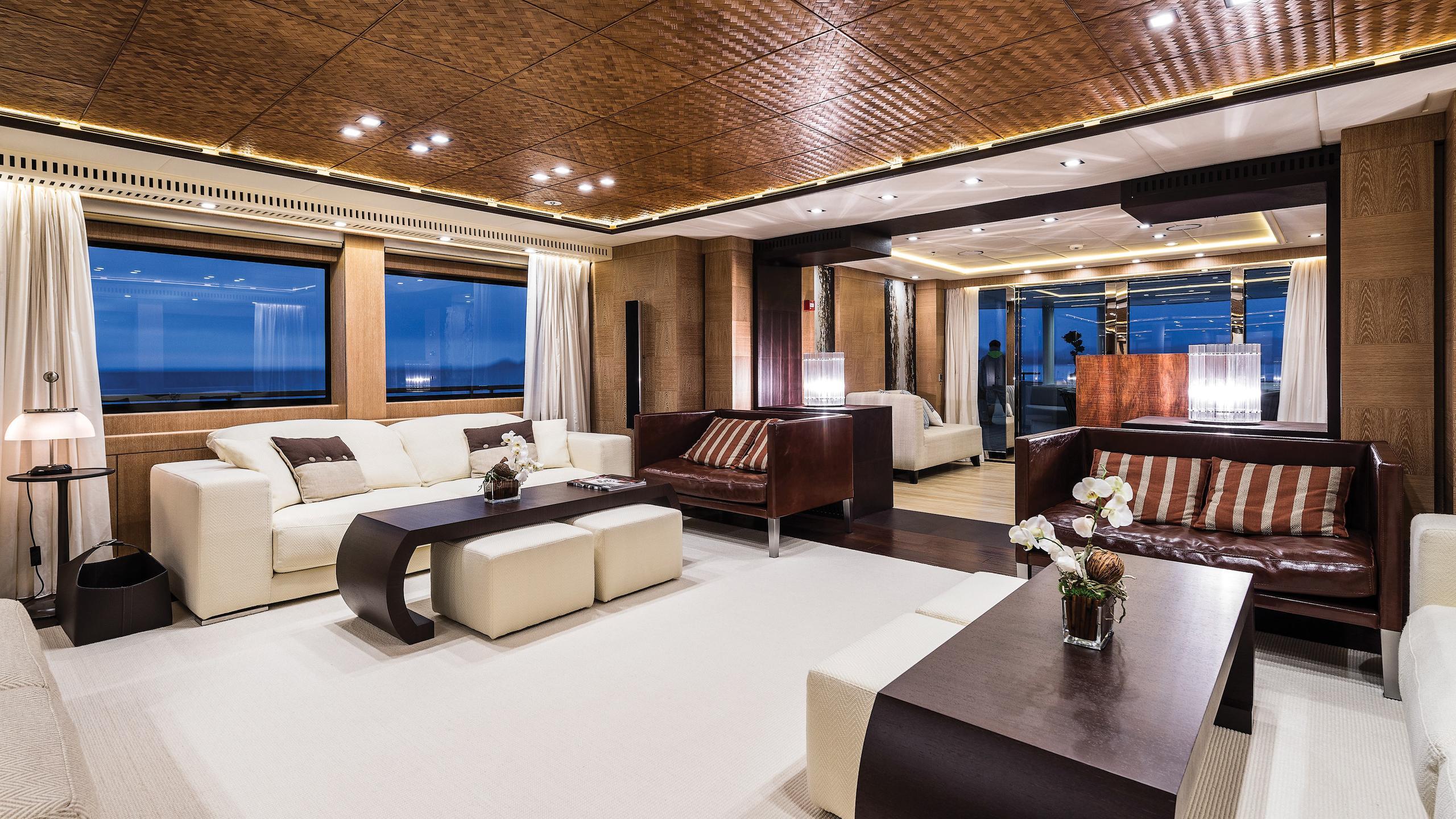 i-nova-explorer-yacht-cosmo-2013-50m-brown-saloon