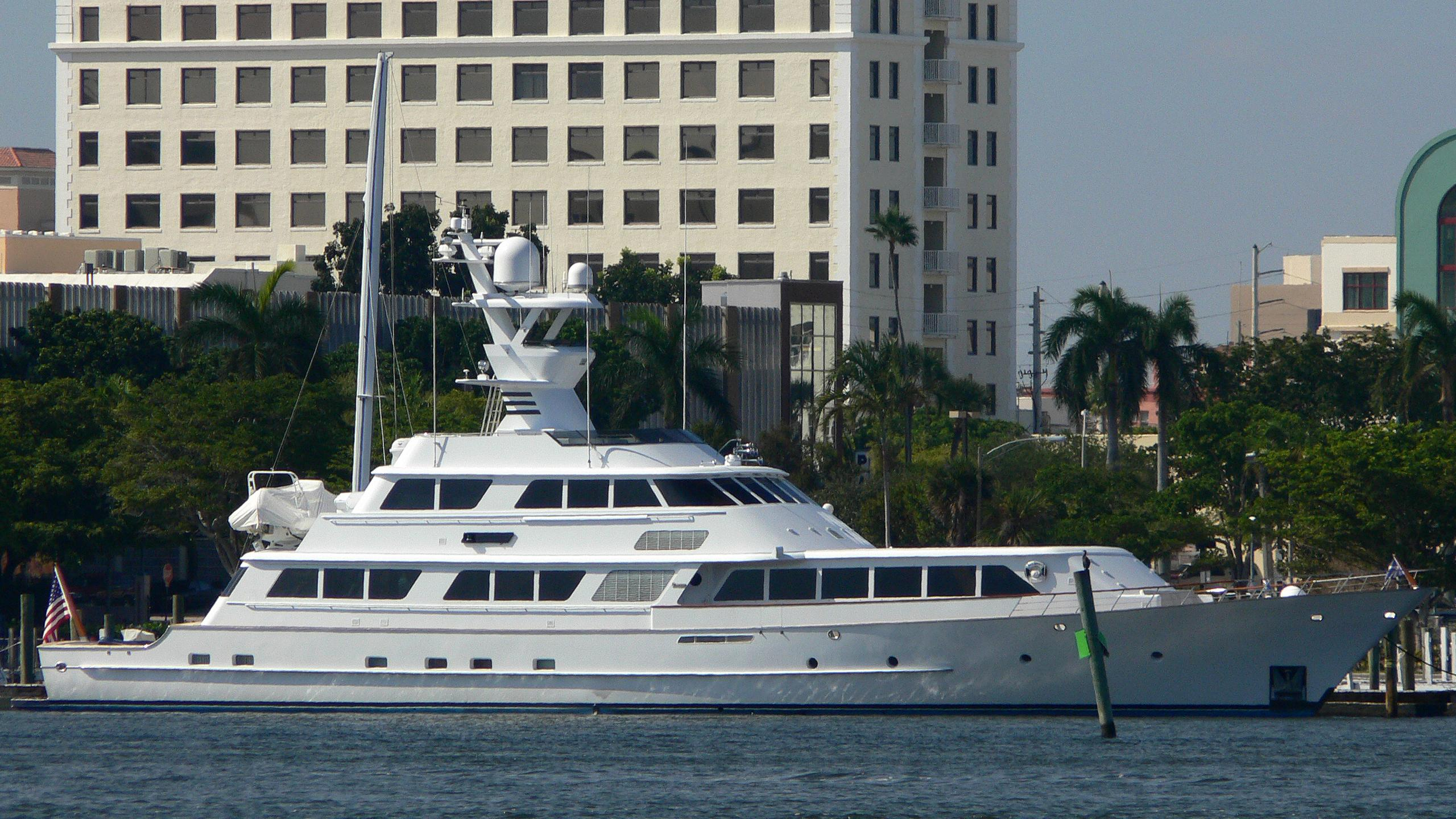 lady-sandals-motor-yacht-feadship-1985-40m-moored-profile