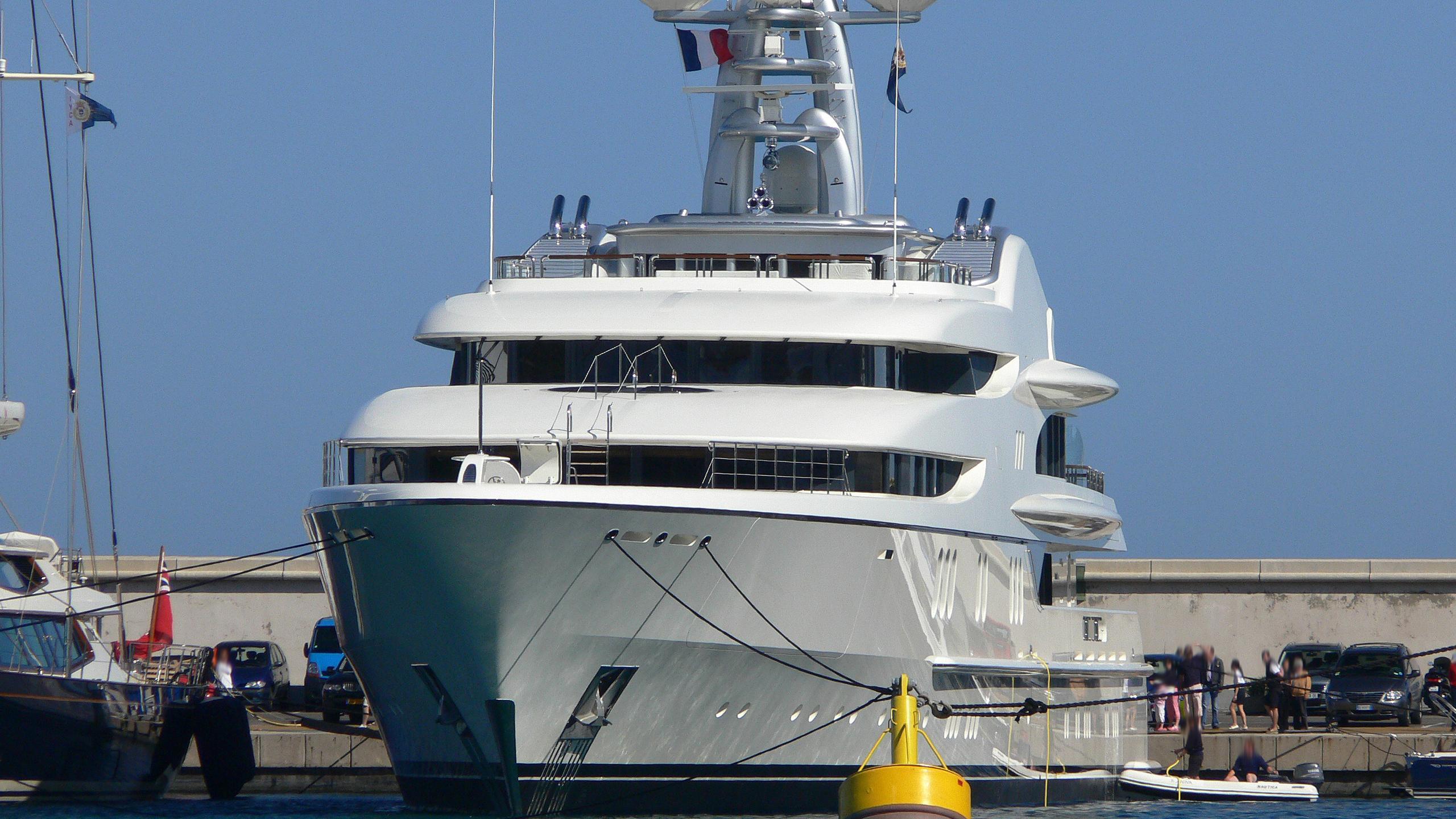 anna-1-anna-motor-yacht-feadship-2007-67m-bow-shipyard