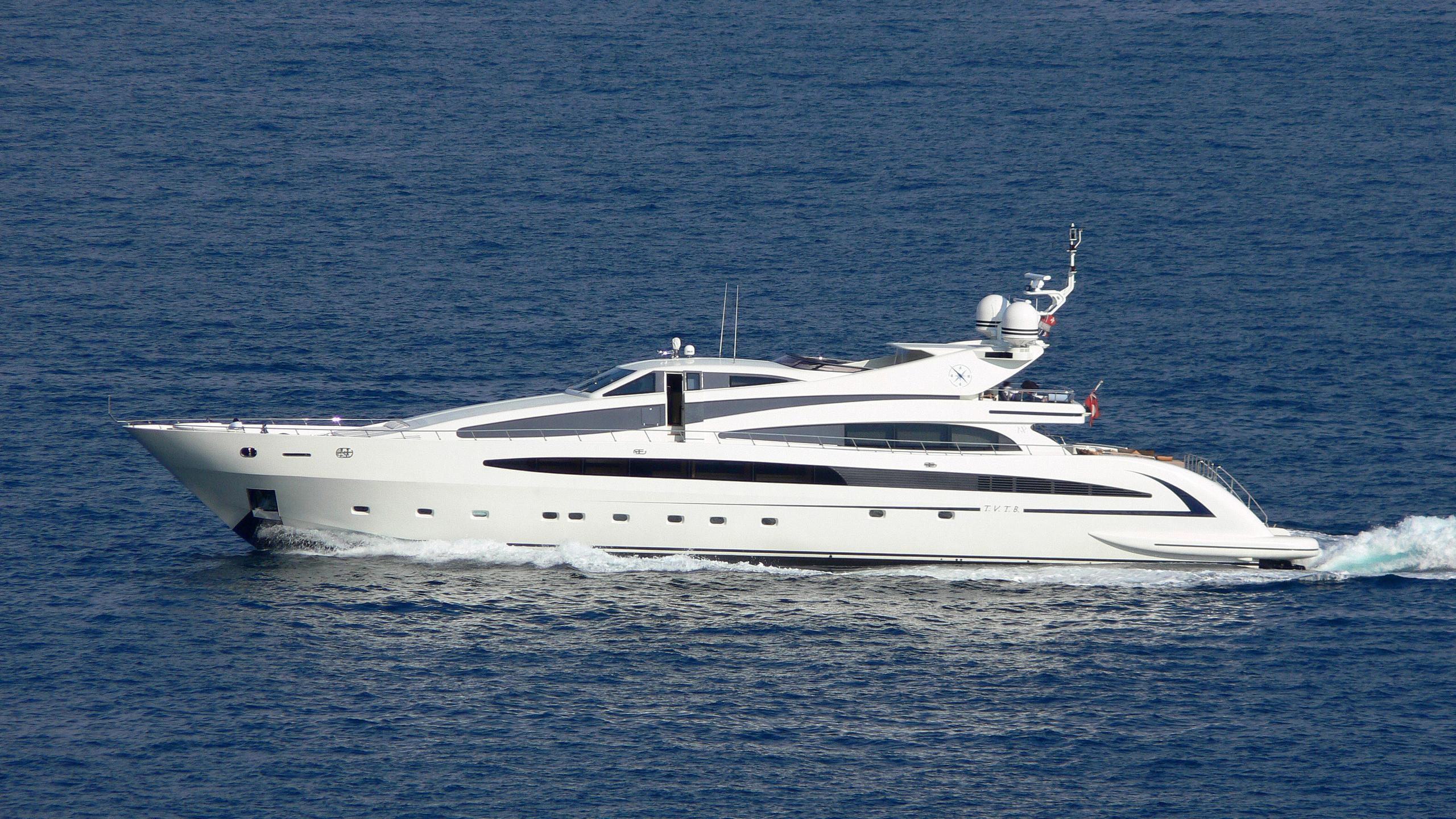 liberdade-motor-yacht-isa-136-2007-41m-cruising