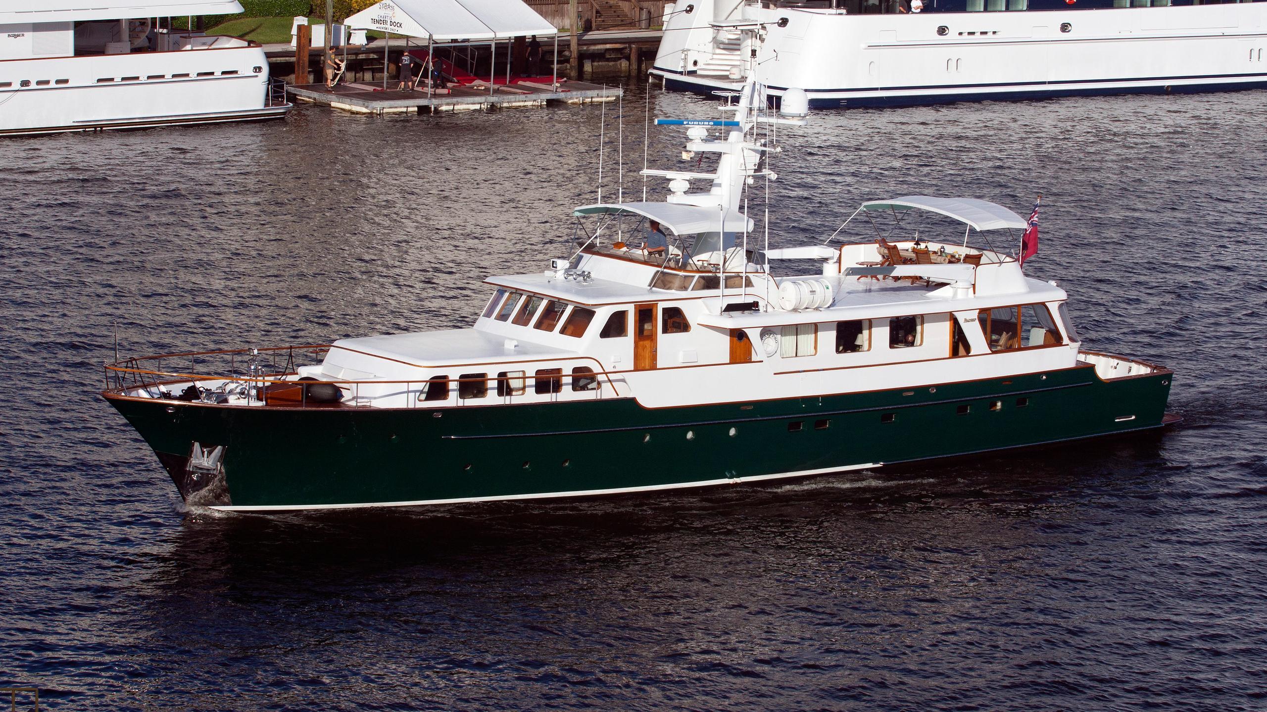 calypso-motor-yacht-feadship-1971-31m-running-profile