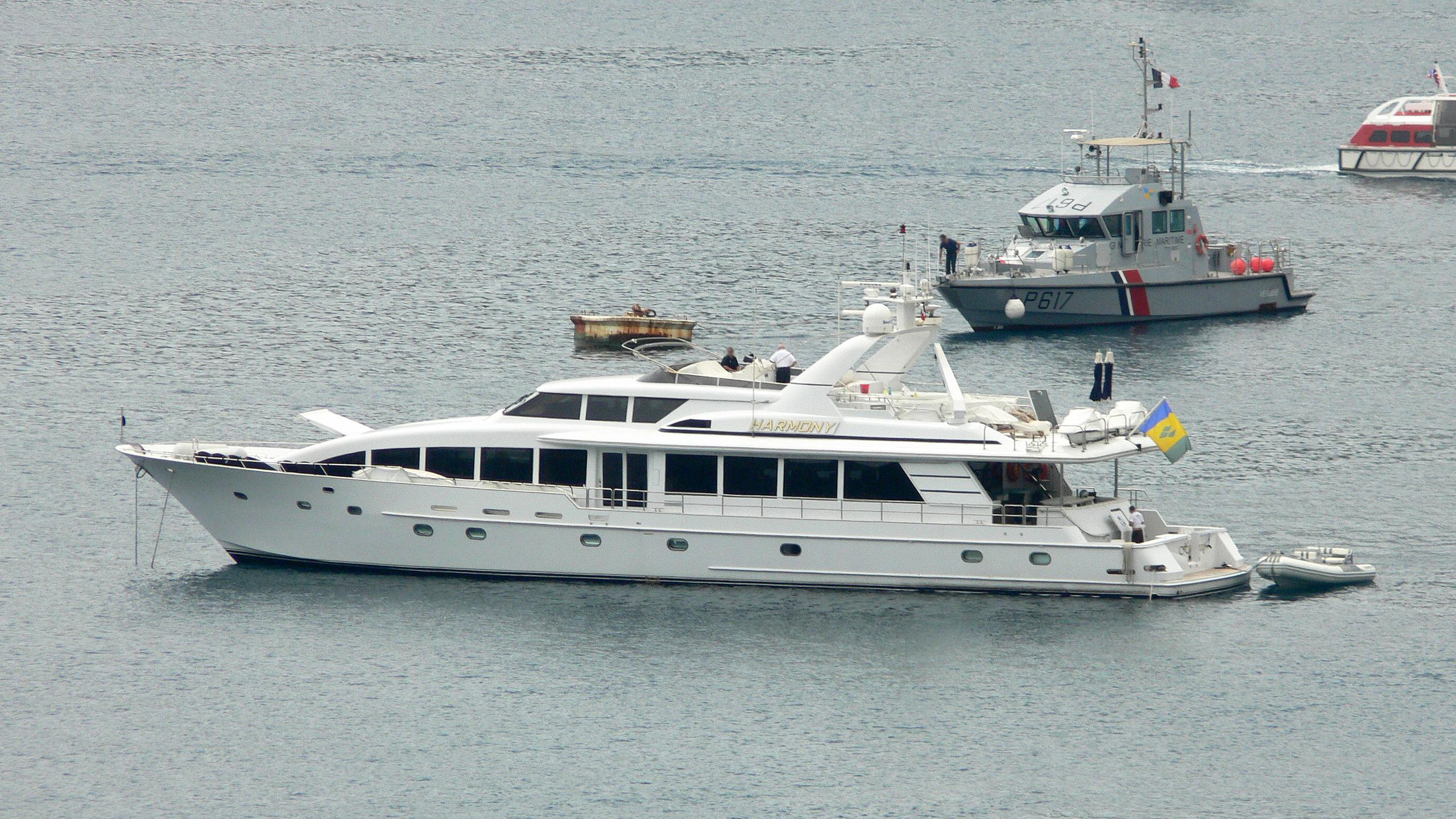harmony-motor-yacht-crescent-custom-1999-35m-profile