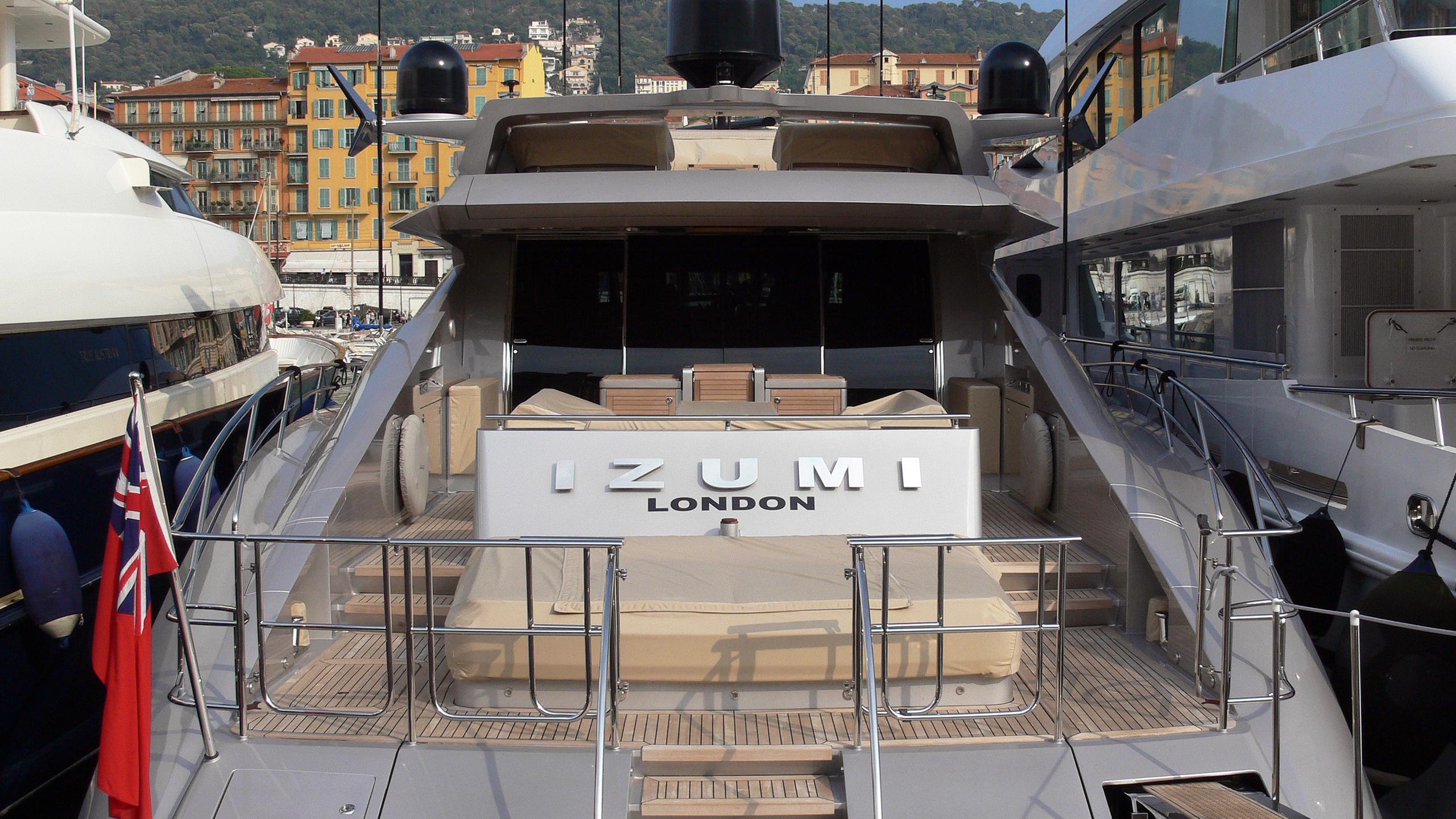 izumi-motor-yacht-palmer-johnson-120-my-2008-37m-stern