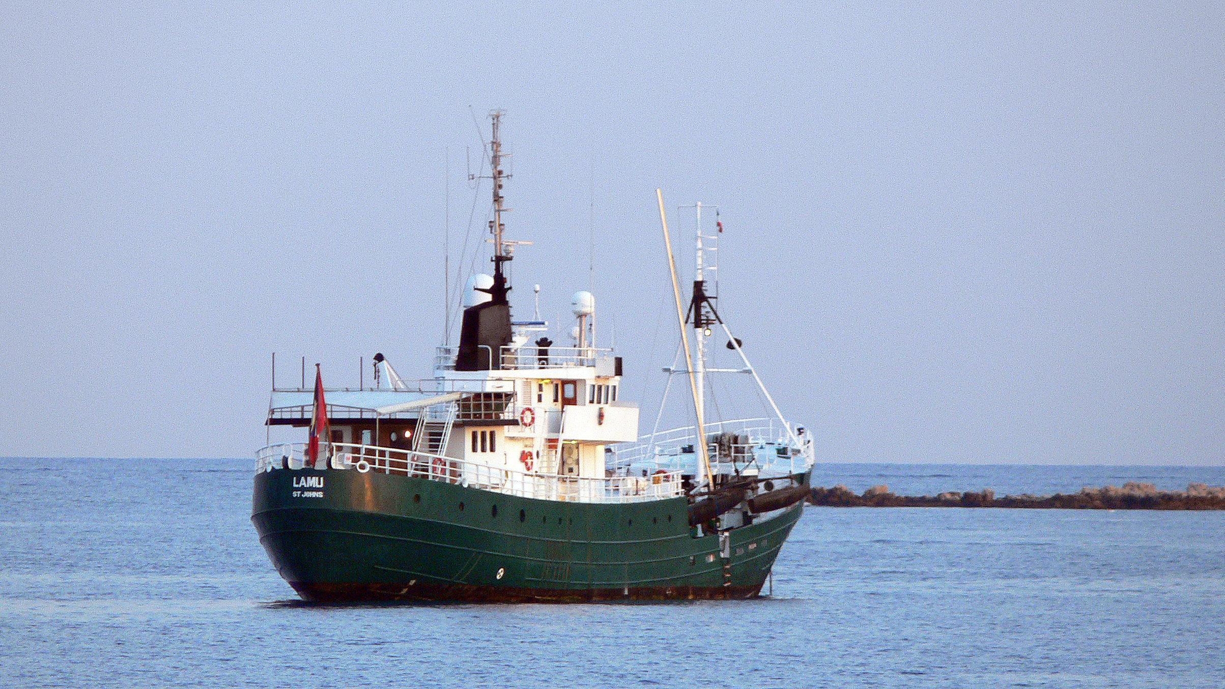 krebs-research-explorer-yacht-lewis-1953-51m-stern