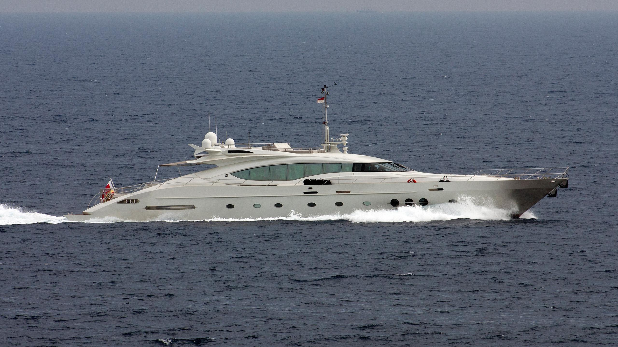 escape-ii-motor-yacht-palmer-johnson-120-2005-37m-cruising-profile