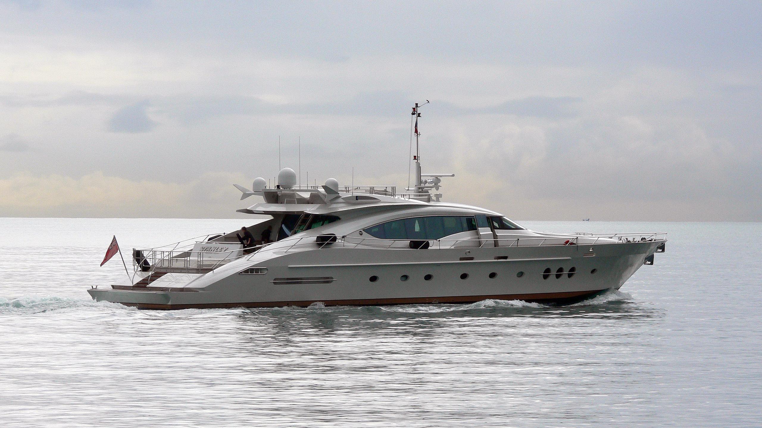 escape-ii-motor-yacht-palmer-johnson-120-2005-37m-running-half-profile