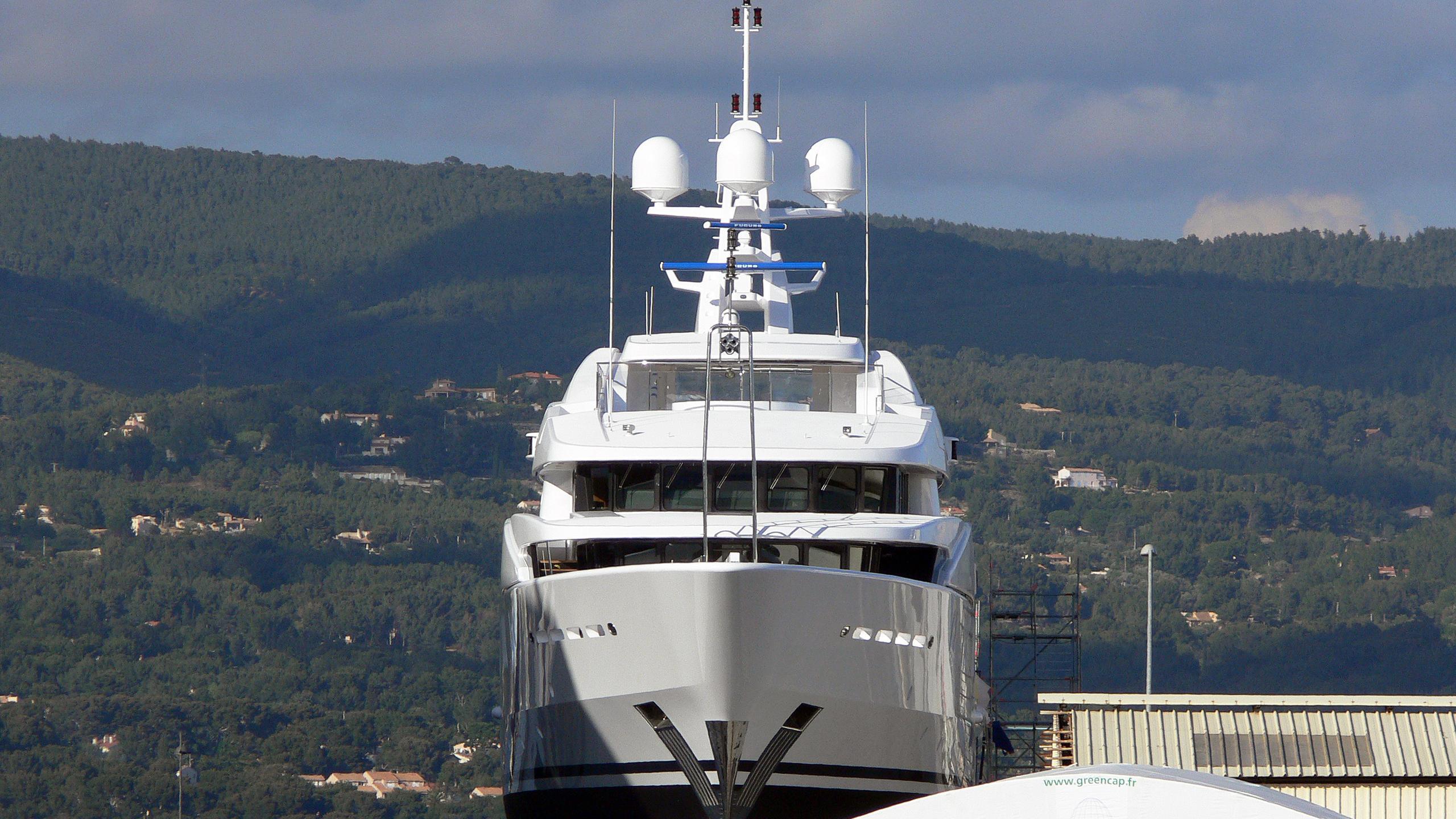 netanya-8-motor-yacht-cmn-2007-58m-bow-shipyard