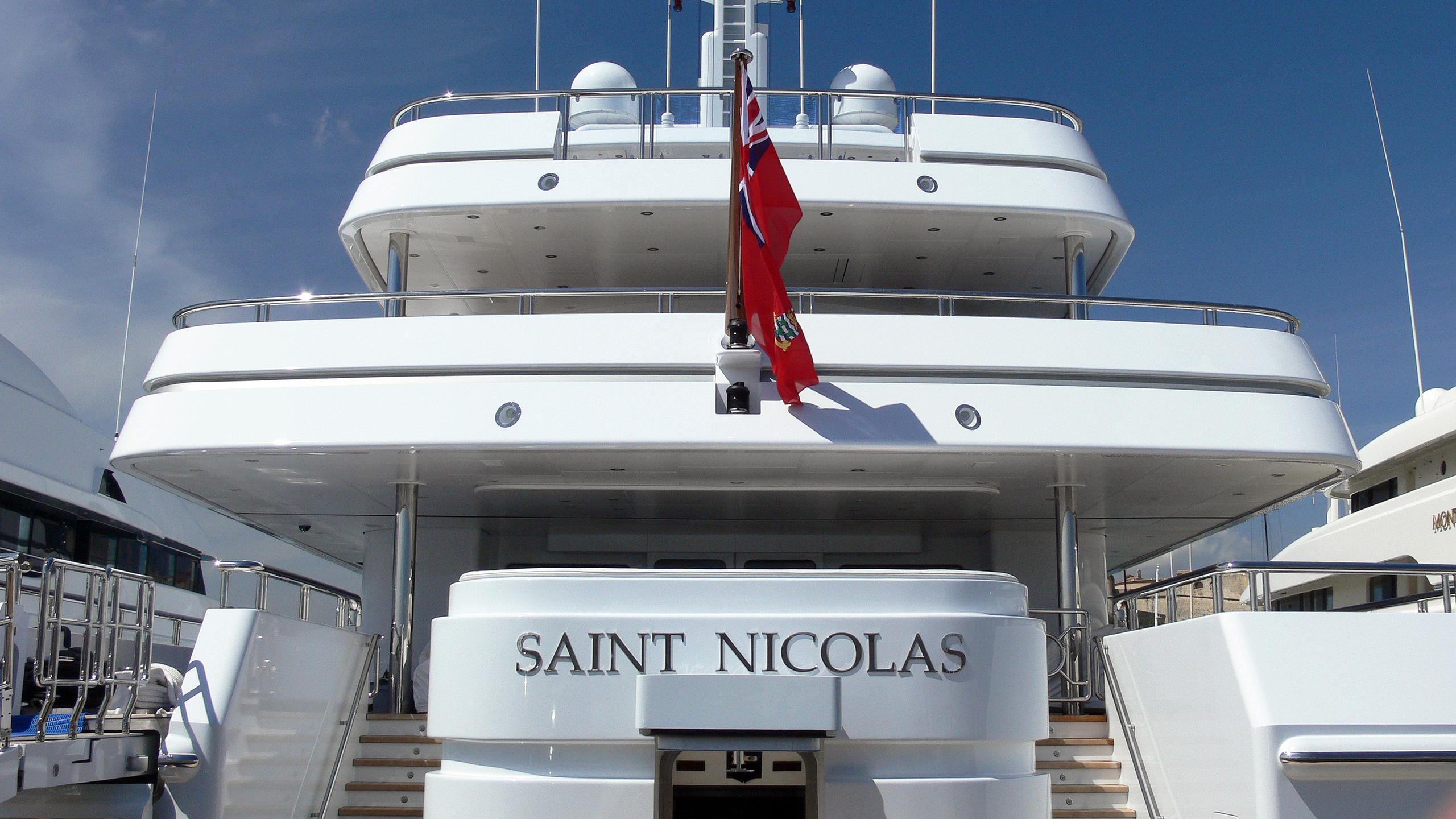 saint-nicolas-motor-yacht-lurssen-2007-70m-stern-details