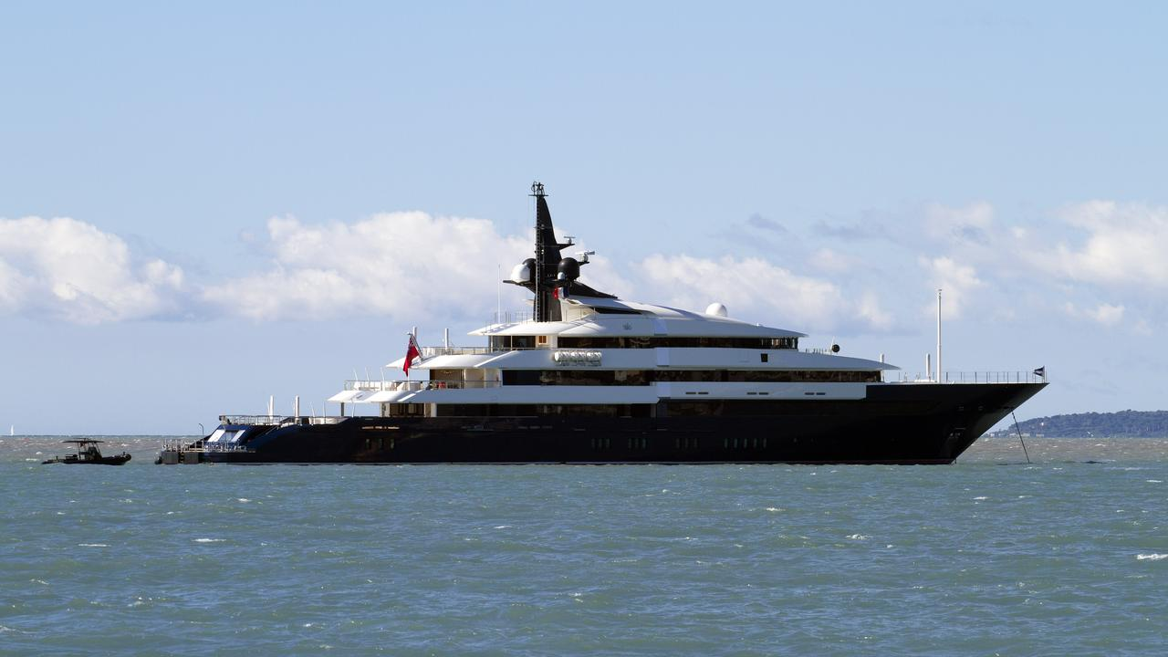 Seven seas yacht boat international for Motor yacht seven seas