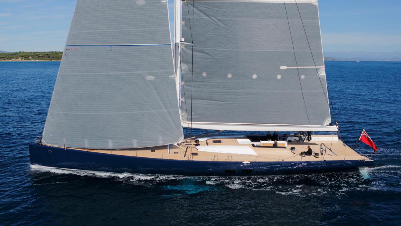 Magic-Carpet-iii-sailing-yacht-wally-21013-30m--profile-cruising