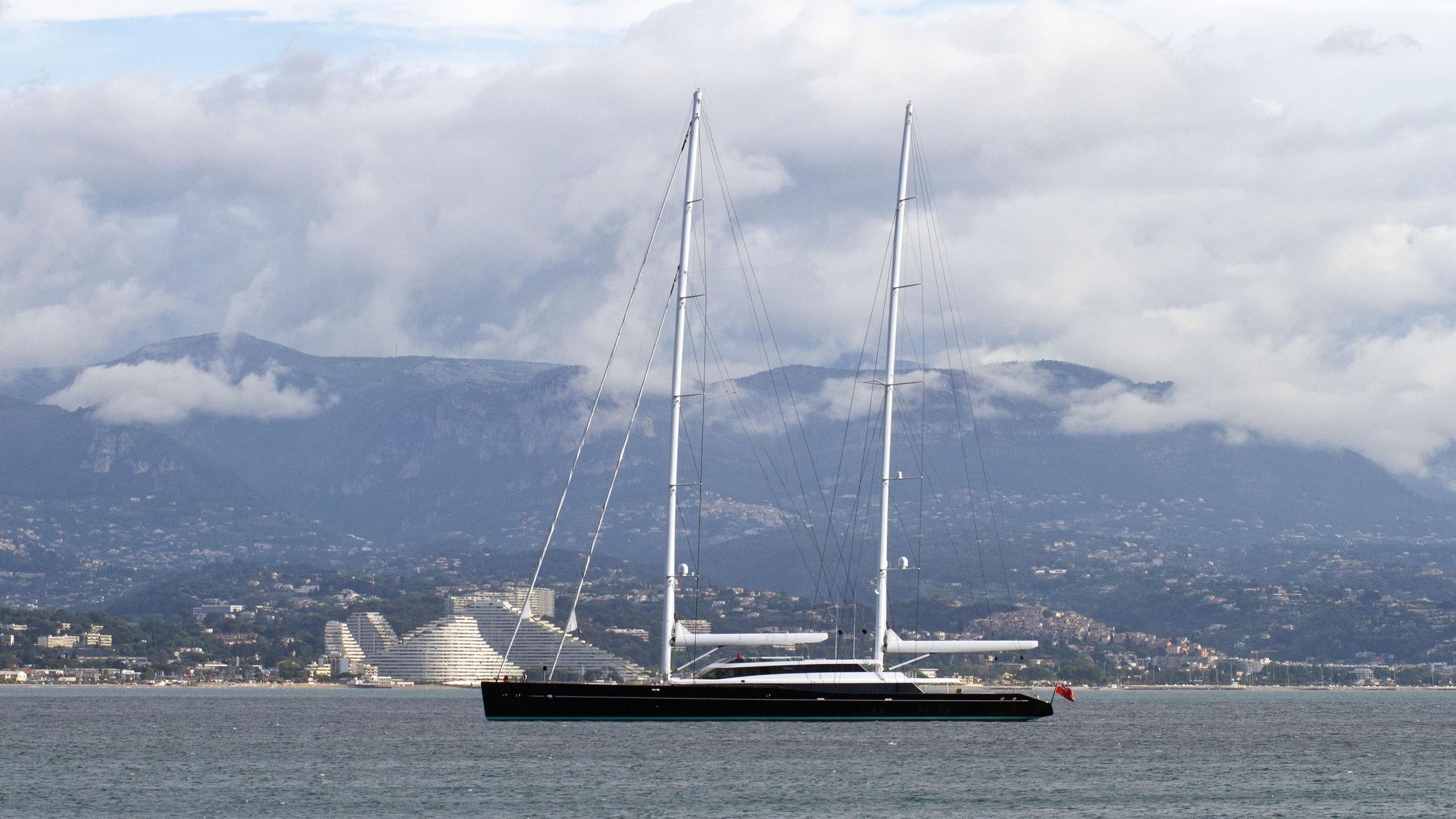 aquijo-sailing-yacht-vitters-oceanco-2015-86m-half-profile-with-masts