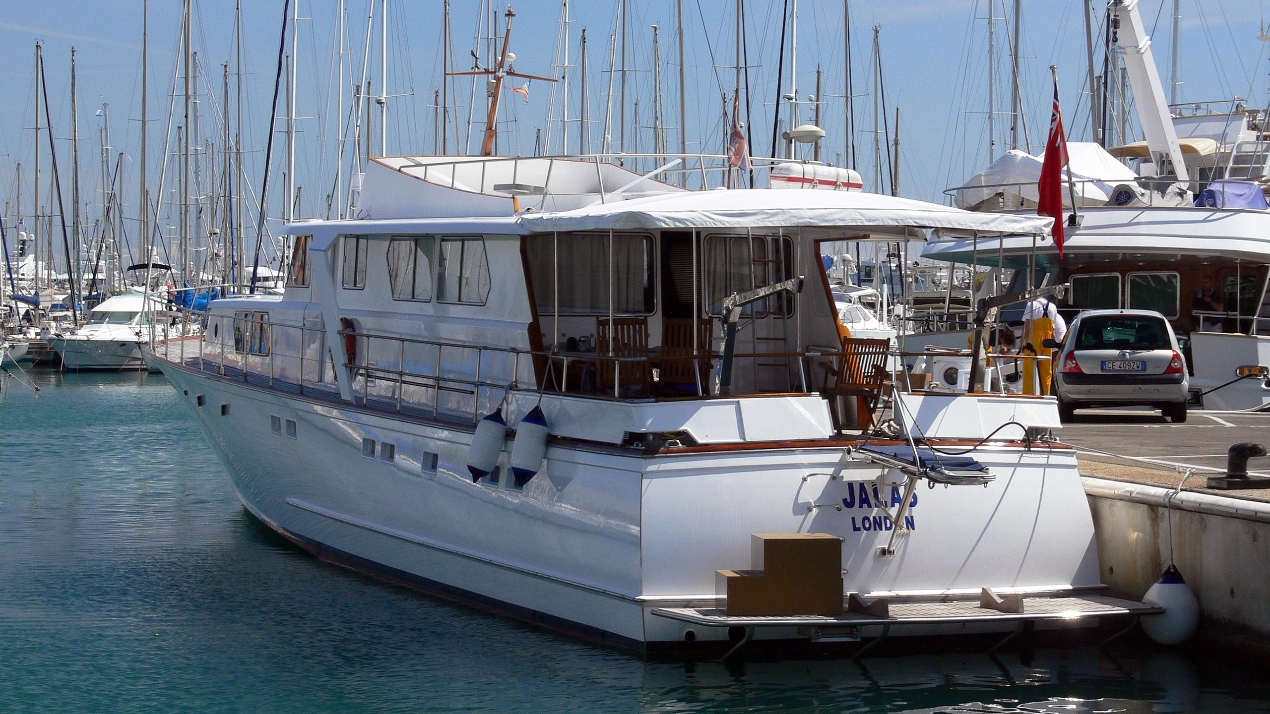 jalas-motor-yacht-esterel-26-1973-26m-stern