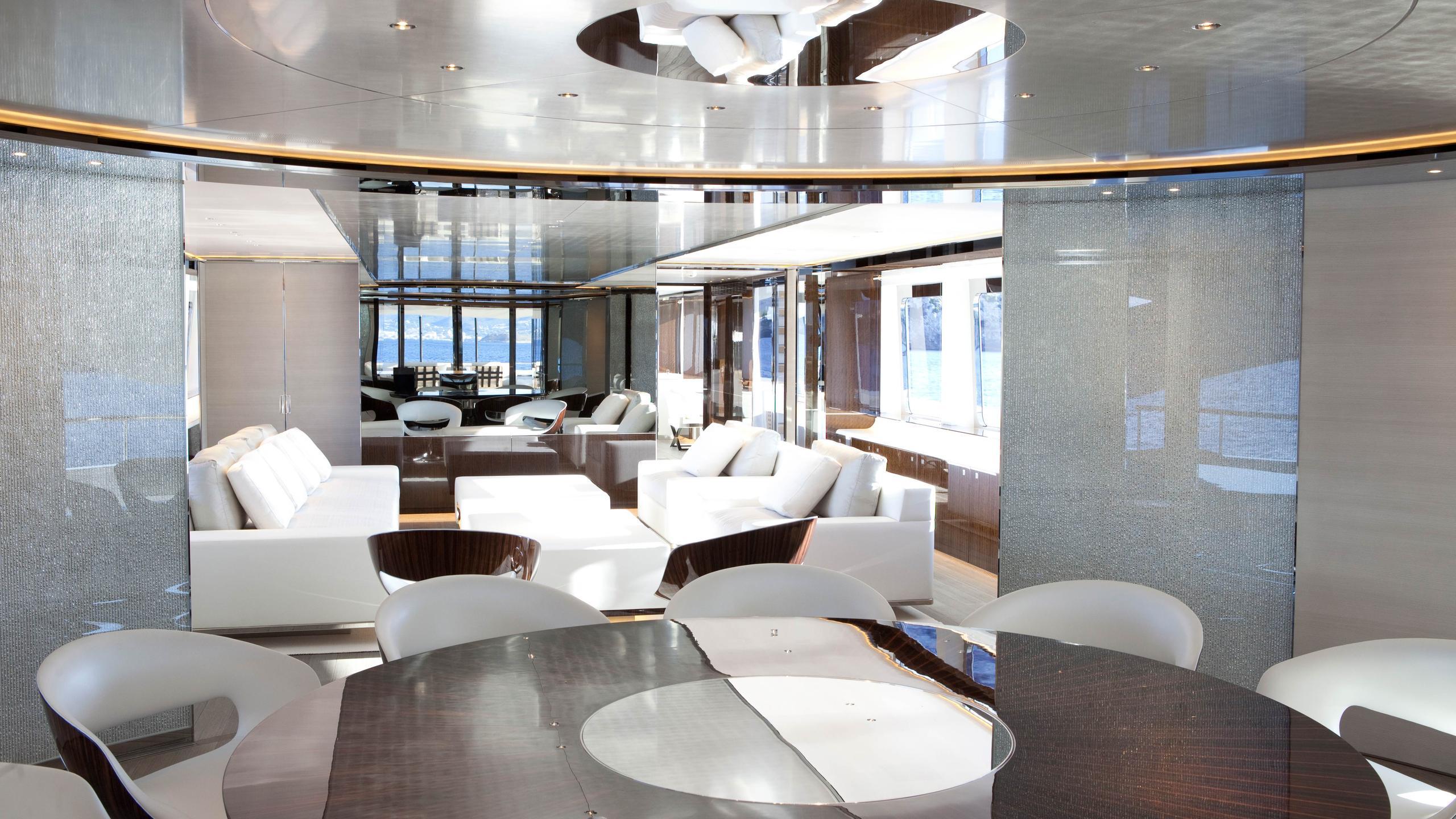 septimus-motor-yacht-heesen-2011-50m-dining-saloon
