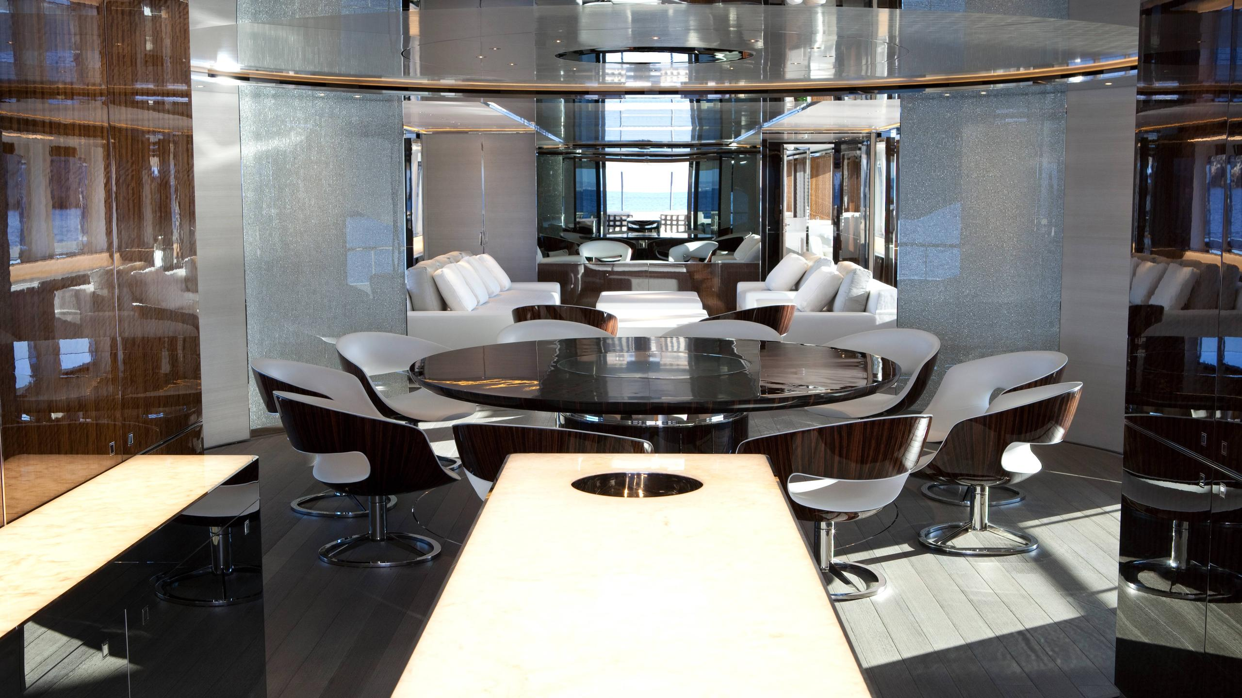 septimus-motor-yacht-heesen-2011-50m-dining-room