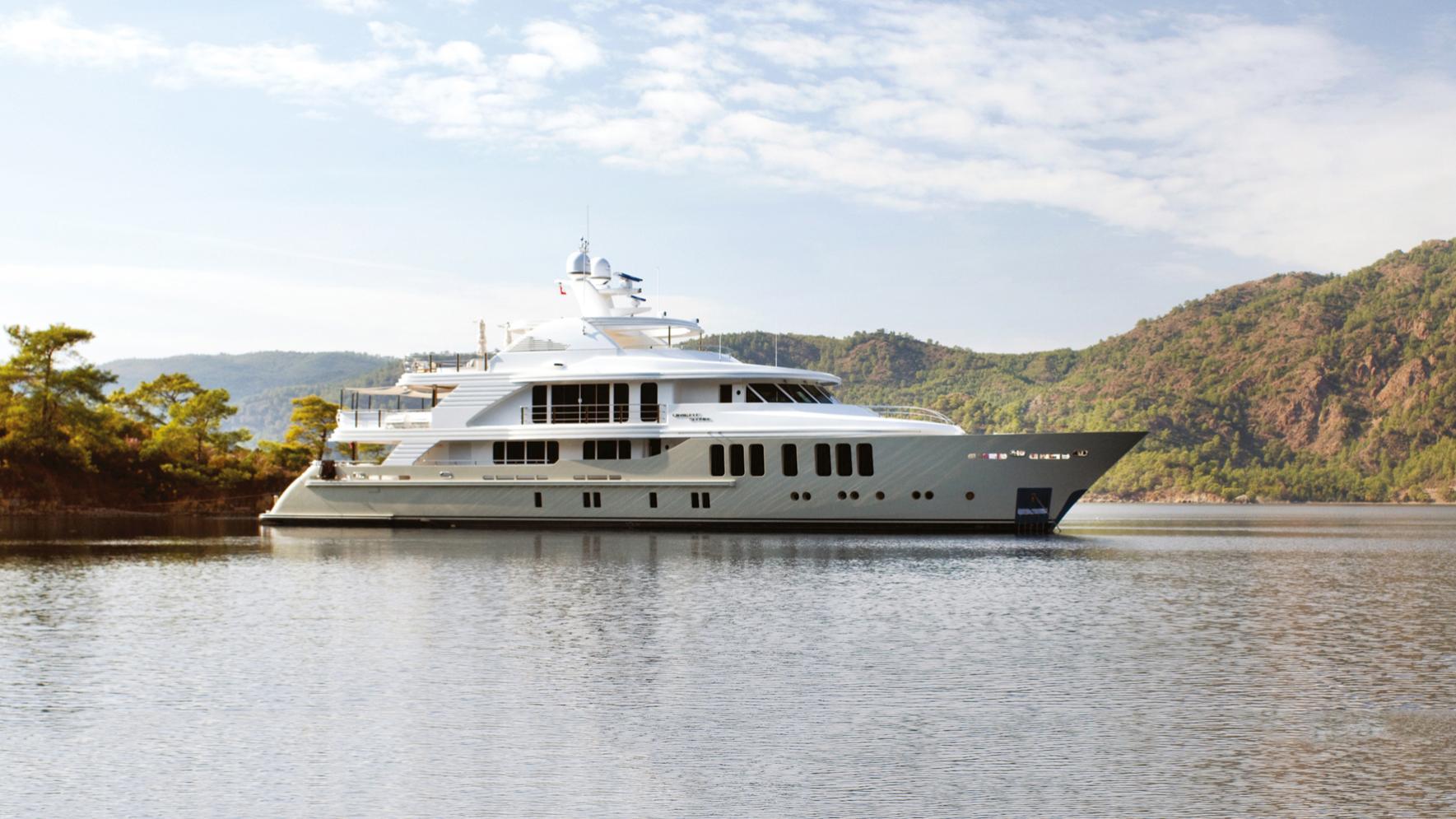 Orient-Star-motor-yacht-cmb-2013-46m-profile