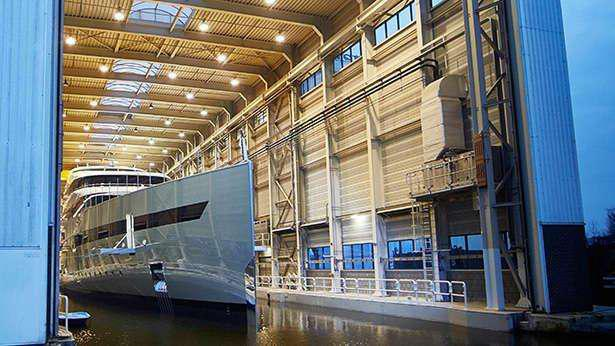 Savannah-motor-yacht-feadship-2015-83m-bow-shipyard
