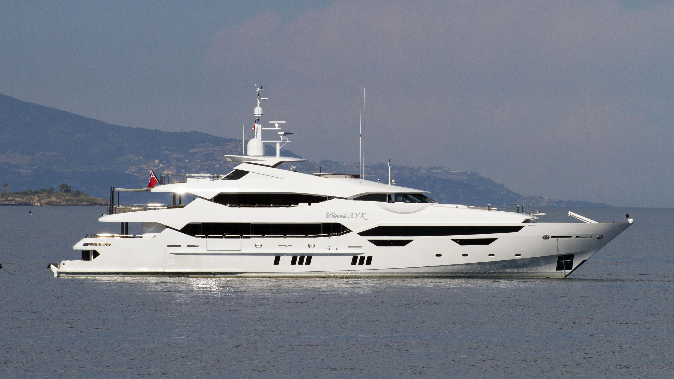 princess-avk-motor-yacht-sunseeker-2016-47m-profile