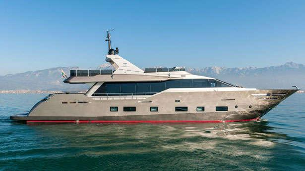 shadow zahraa tecnomar italian sea group 2013 30m profile