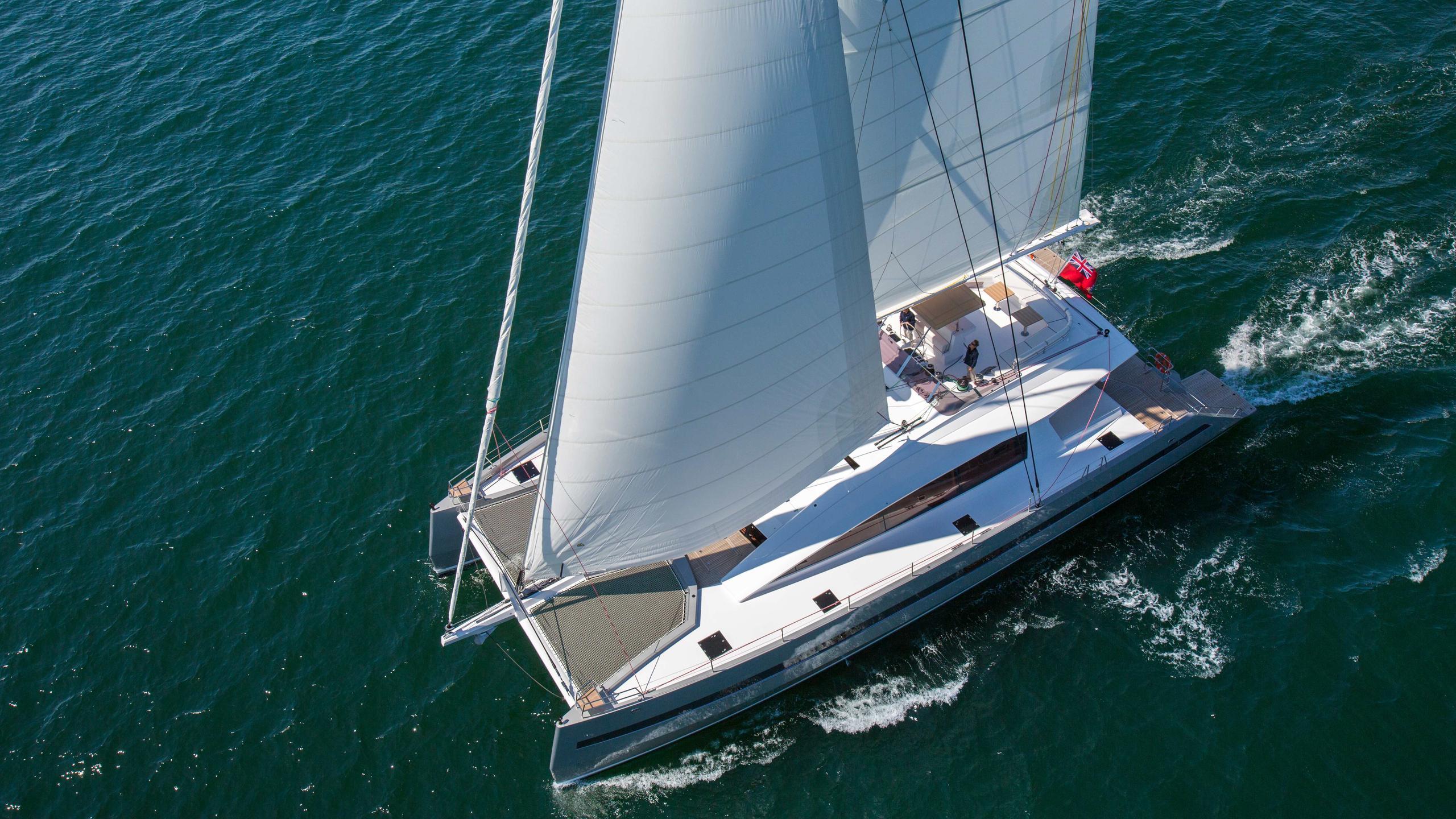 Windquest-catamaran-yacht-jfa-2014-26m-aerial